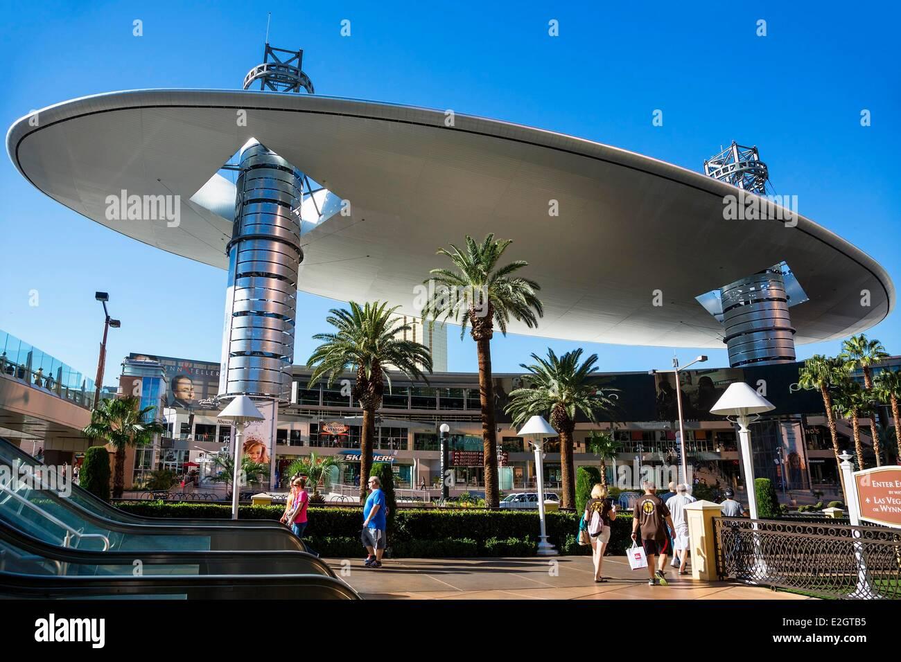 United States Nevada Las Vegas Fashion Show Mall Las Vegas' largest shopping mall - Stock Image