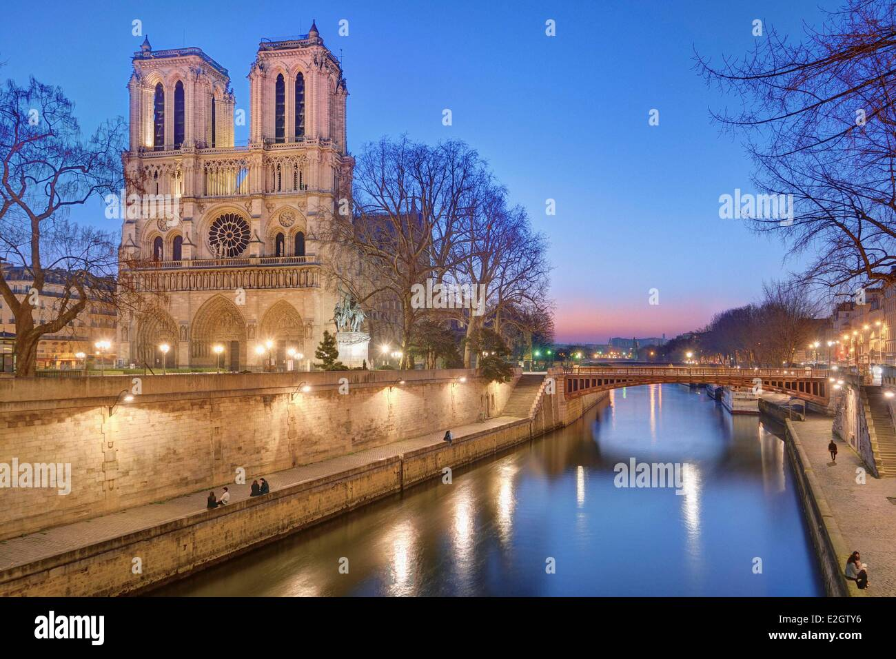 France Paris Seine river banks listed as World Heritage by UNESCO with Notre-Dame cathedral and pont (bridge) au - Stock Image