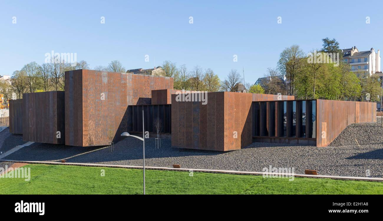 France Aveyron Rodez Soulages Museum designed by Catalan architects RCR associated with Passelac & Roques Stock Photo