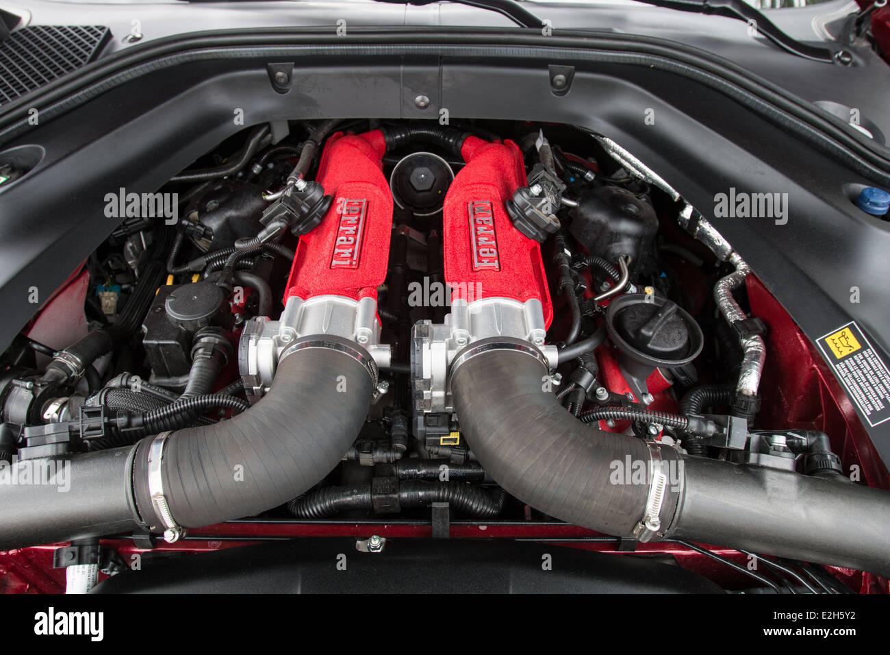 Ferrari california t engine