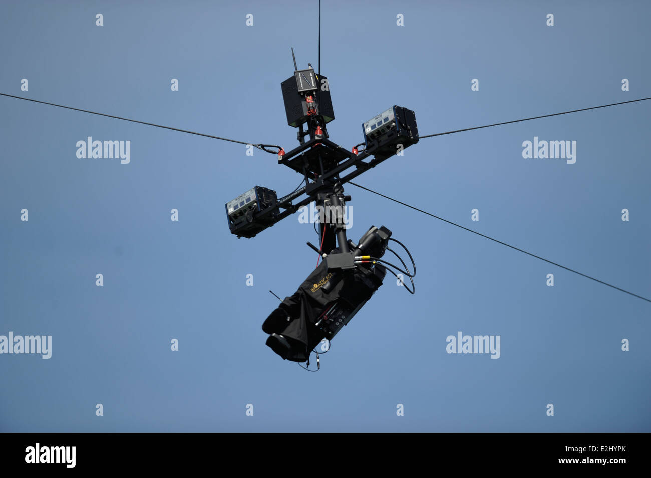 Spider cam during the 11th / 12th place playoff at the Rabobank Hockey World Cup in the Kyocera Stadium, Den Haag, - Stock Image