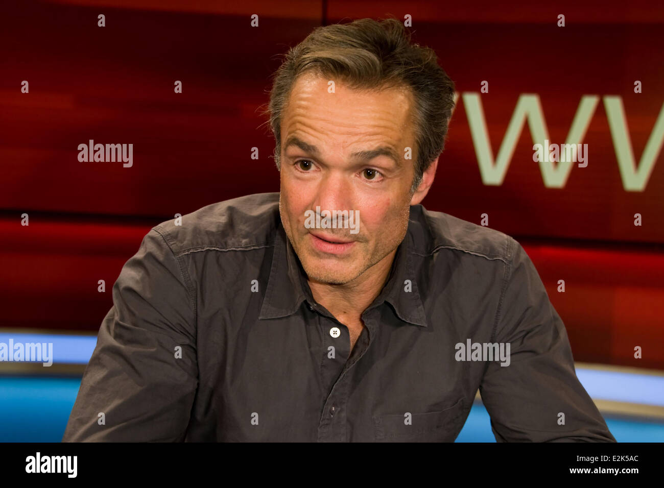 Hannes Jaenicke on German ARD TV show Hart aber fair at WDR Studios.  Where: Cologne, Germany When: 29 Apr 2013 - Stock Image