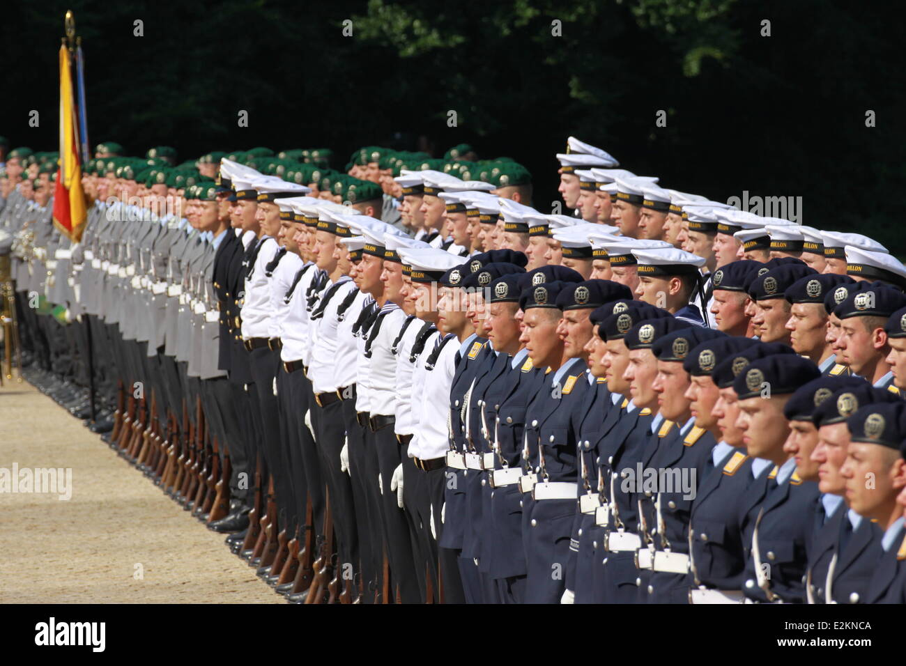 Atmosphere at Schloss Bellevue Berlin. It is President Obama's first visit to Berlin and he is due to deliver a Stock Photo