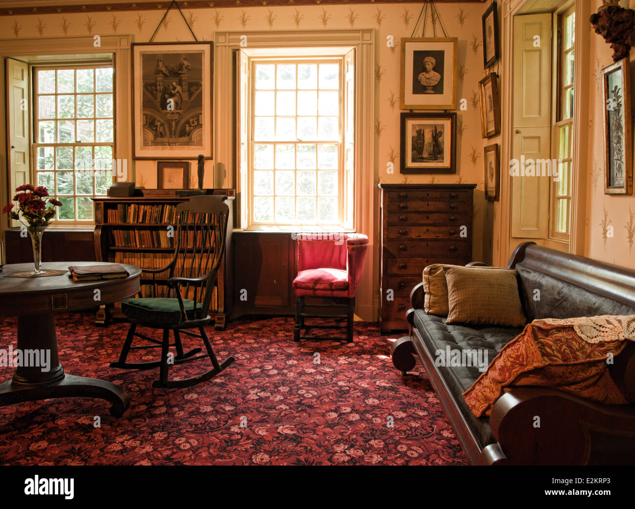 Old Fashioned Living Room Stock Photo 70506523 Alamy