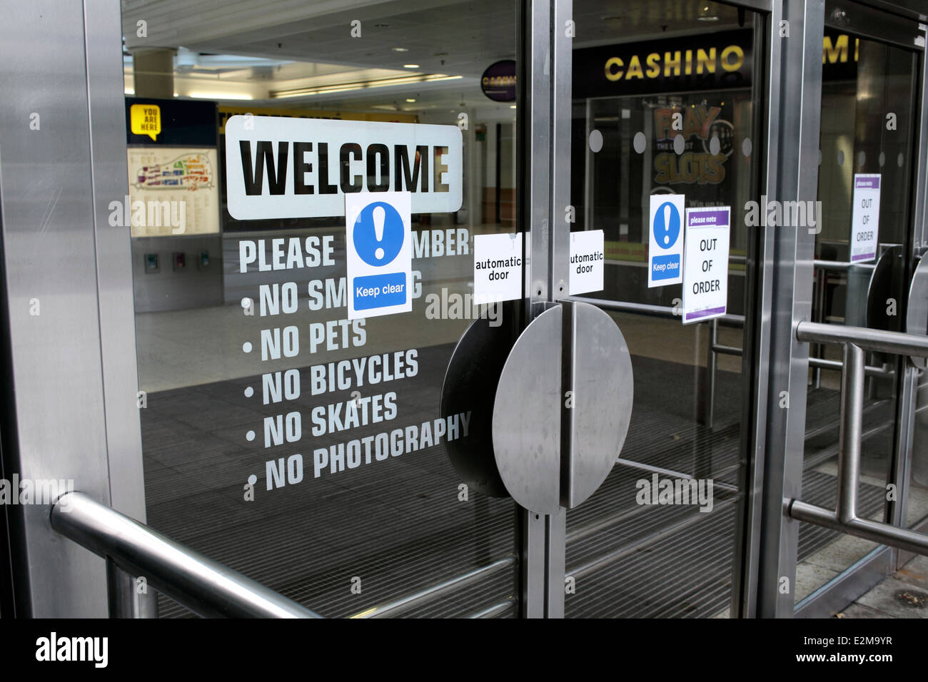 The off putting entrance to the East Kilbride Shopping Centre, East Kilbride, Scotland.  No, No, No…! - Stock Image