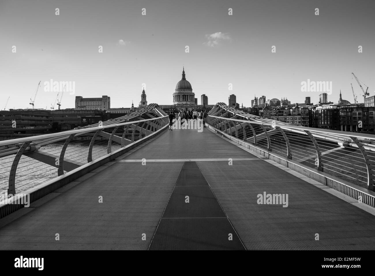 Millennium Bridge London black and white - Stock Image
