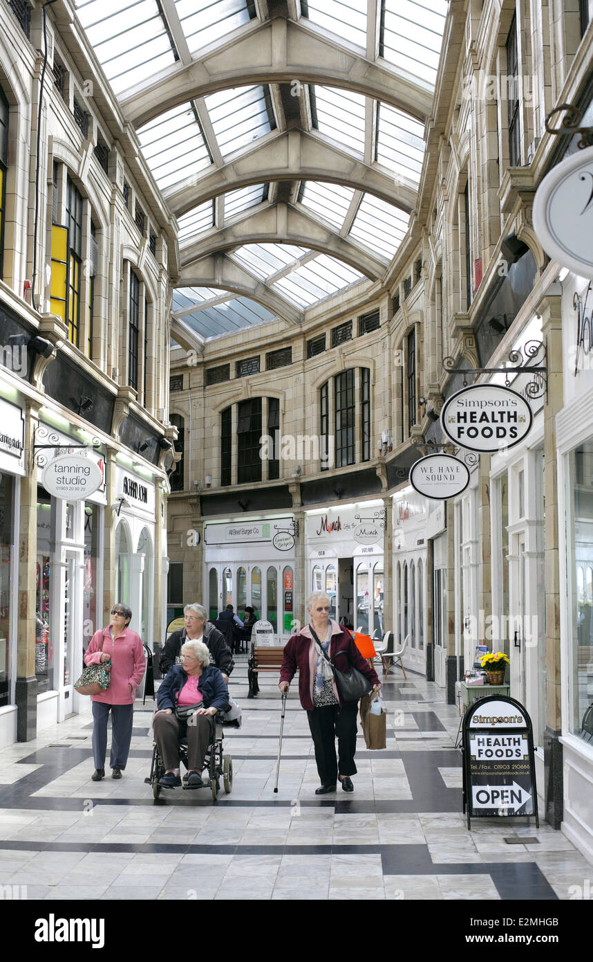 The Royal Arcade, Worthing town centre, West Sussex. Built in 1925, Renovated 1999. - Stock Image