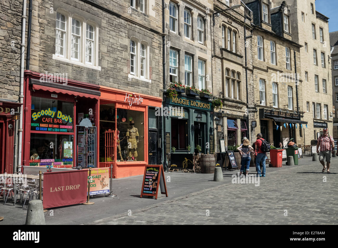 Pubs And Shops Of The Grassmarket Edinburgh Old Town Stock