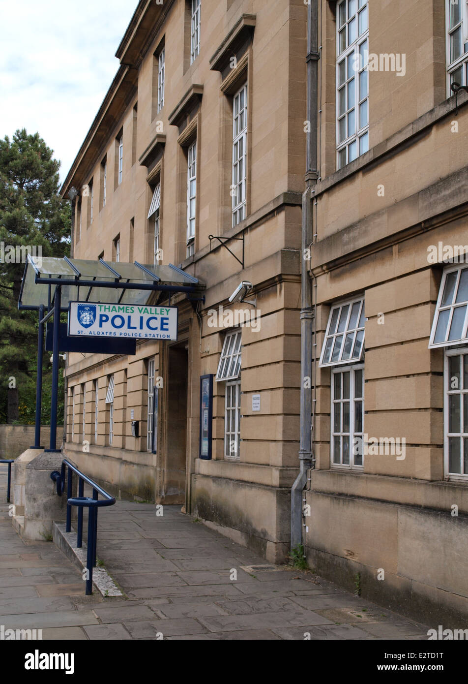 Thames Valley Police, St. Aldates Police Station, Oxford, UK - Stock Image