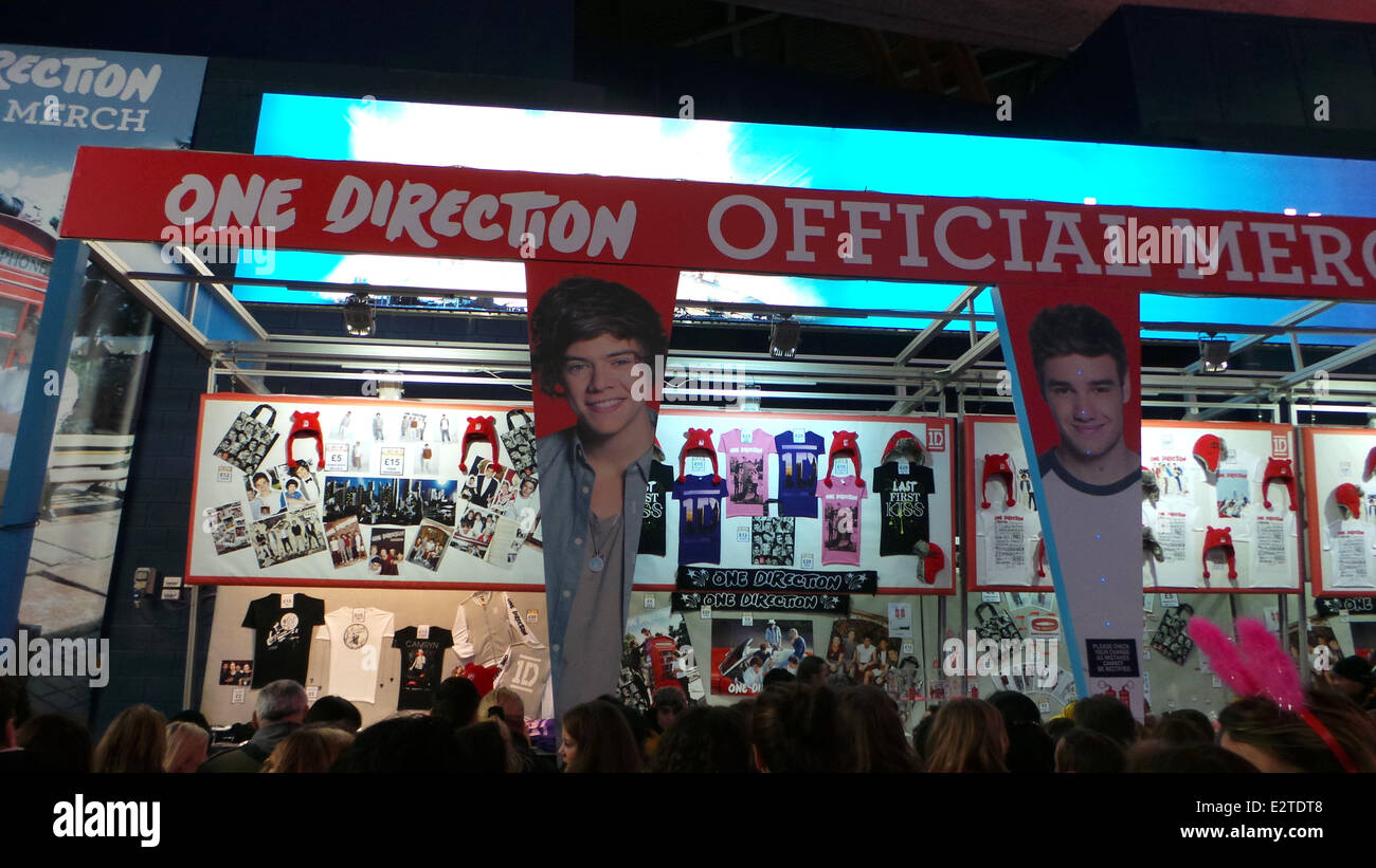 One Direction Kick Off Their Take Me Home World Tour At London S O2 Stock Photo Alamy