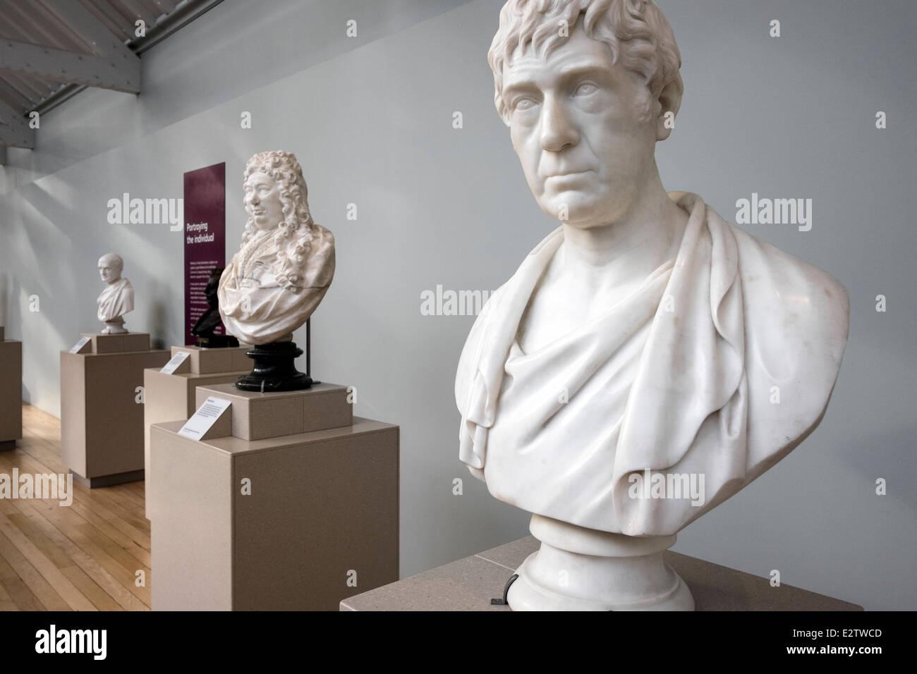 Busts of Joseph Hume (right) and Fabio Feroni (center). National Museum of Scotland, Edinburgh, Scotland - Stock Image