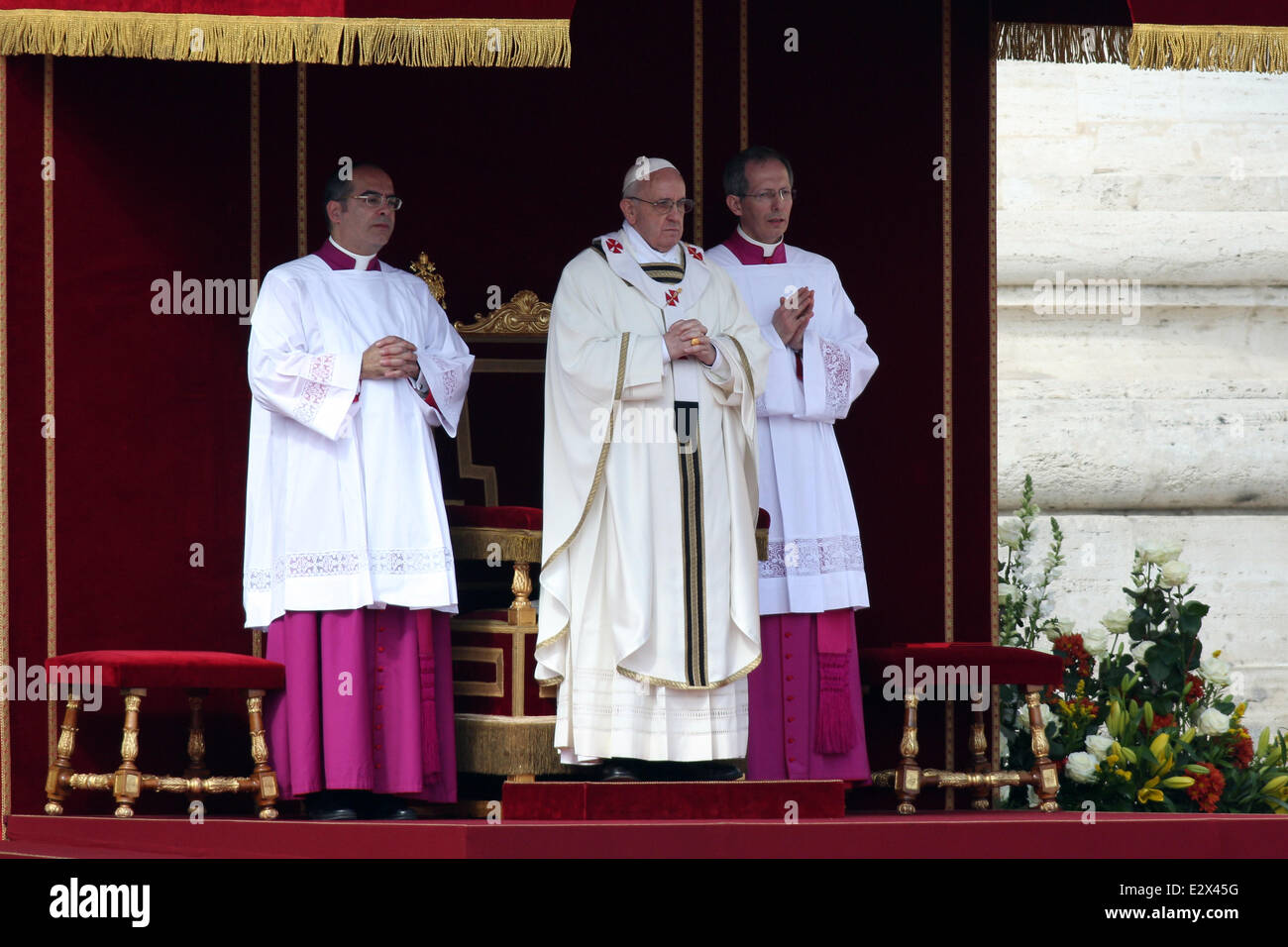 Pope Francis inaugurates his papacy at a Mass in Rome  Featuring: Pope Francis Where: Rome, Italy When: 19 Mar 2013 - Stock Image