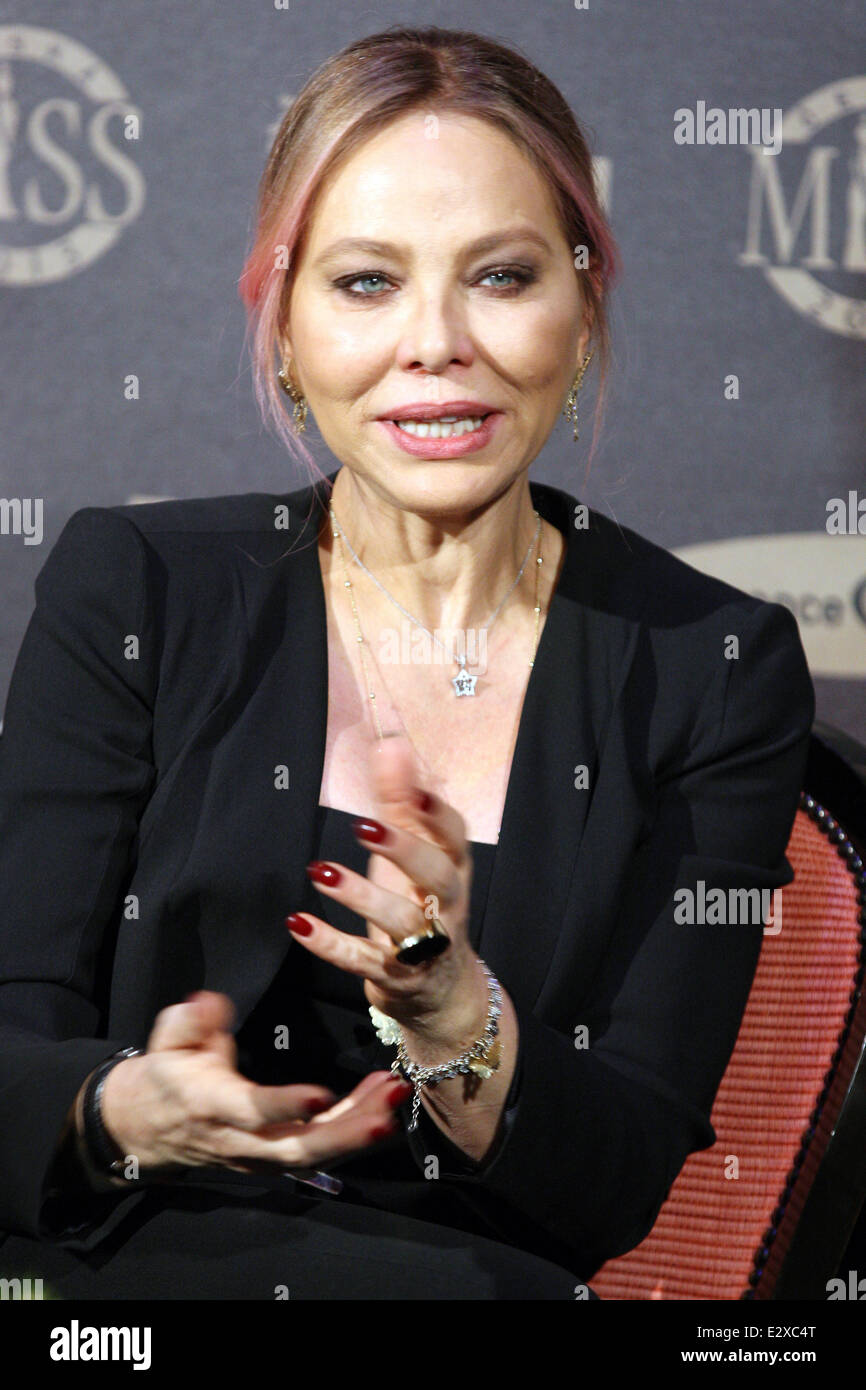 61-year-old Ornella Muti moved to Moscow for her beloved
