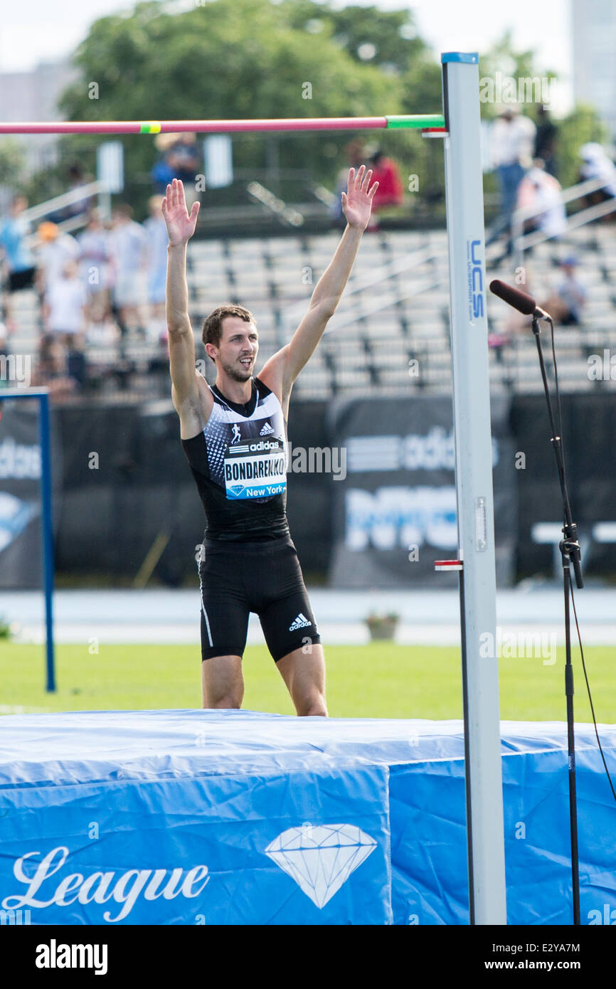 Bohdan Bondarenko (UKR) competing in the Mens' High Jump at the 2014 Adidas Track and Field Grand Prix. - Stock Image