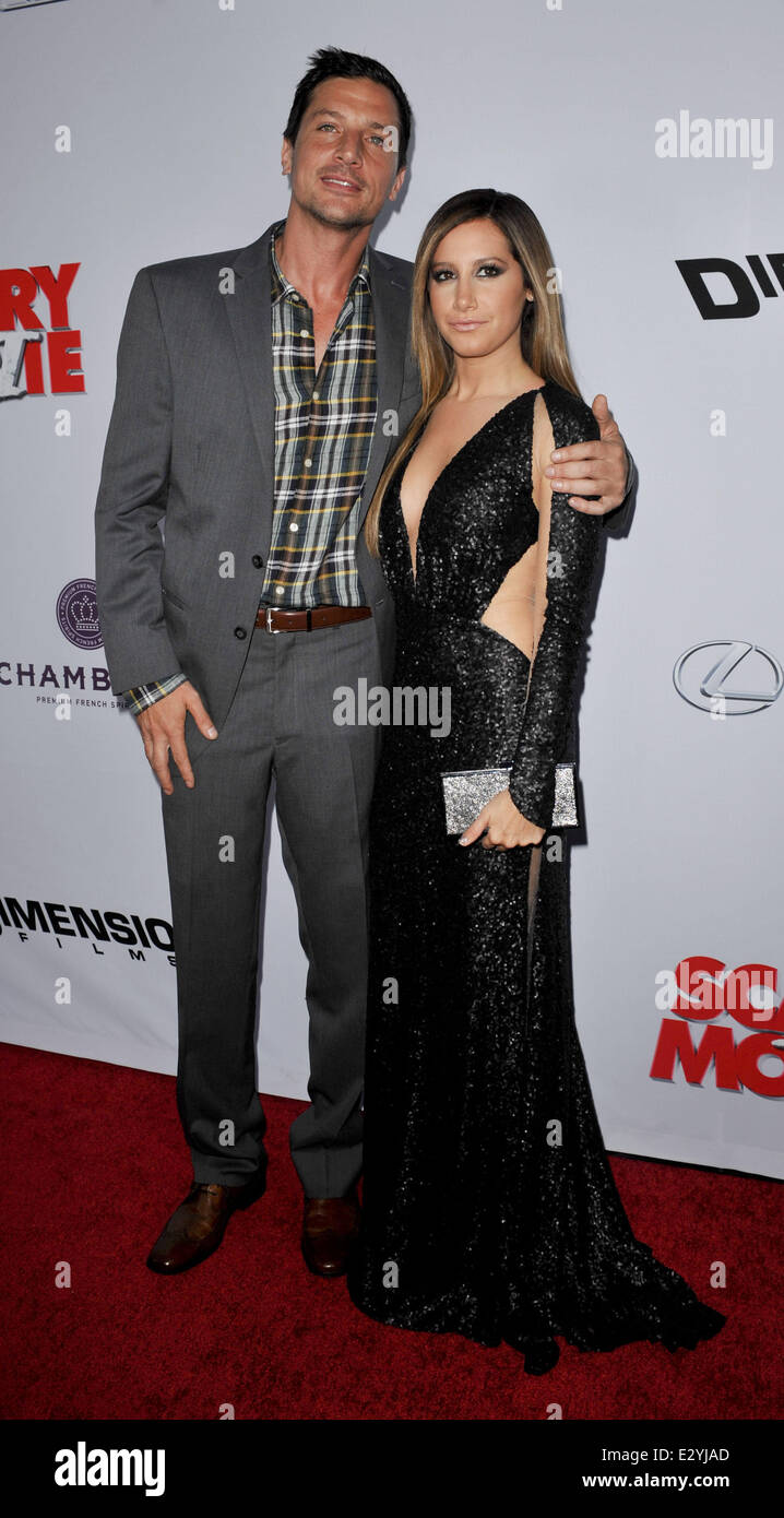Premiere Of Scary Movie 5 At Arclight Cinemas Cinerama Dome In Stock Photo Alamy