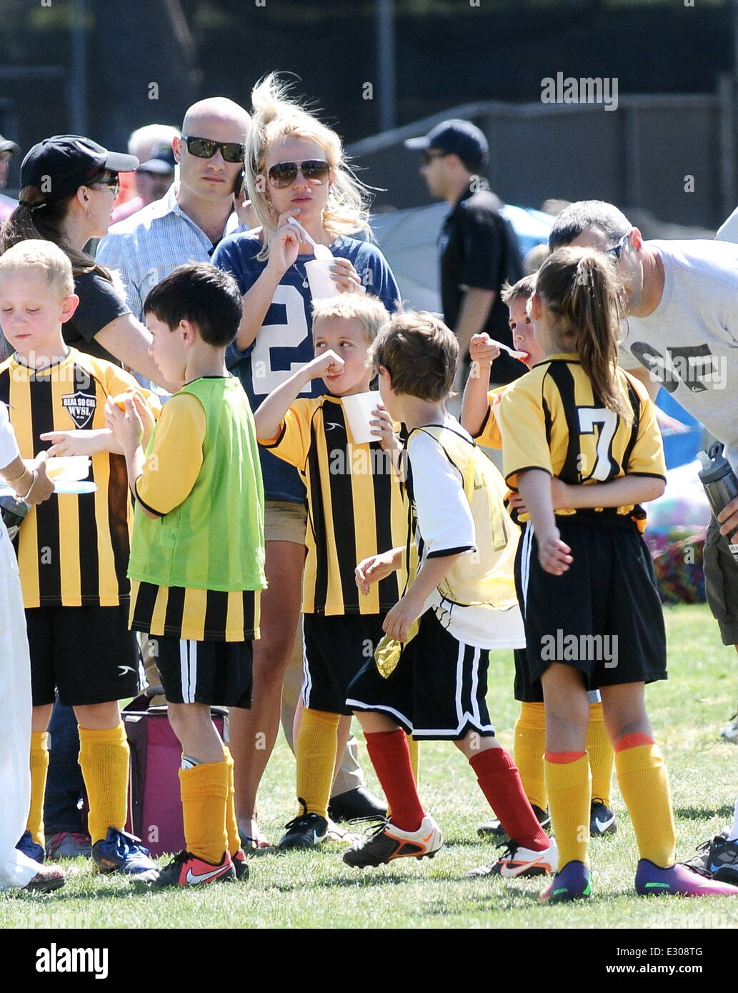 new style ecc17 f9536 Britney Spears attends her son's soccer game in West Hills ...