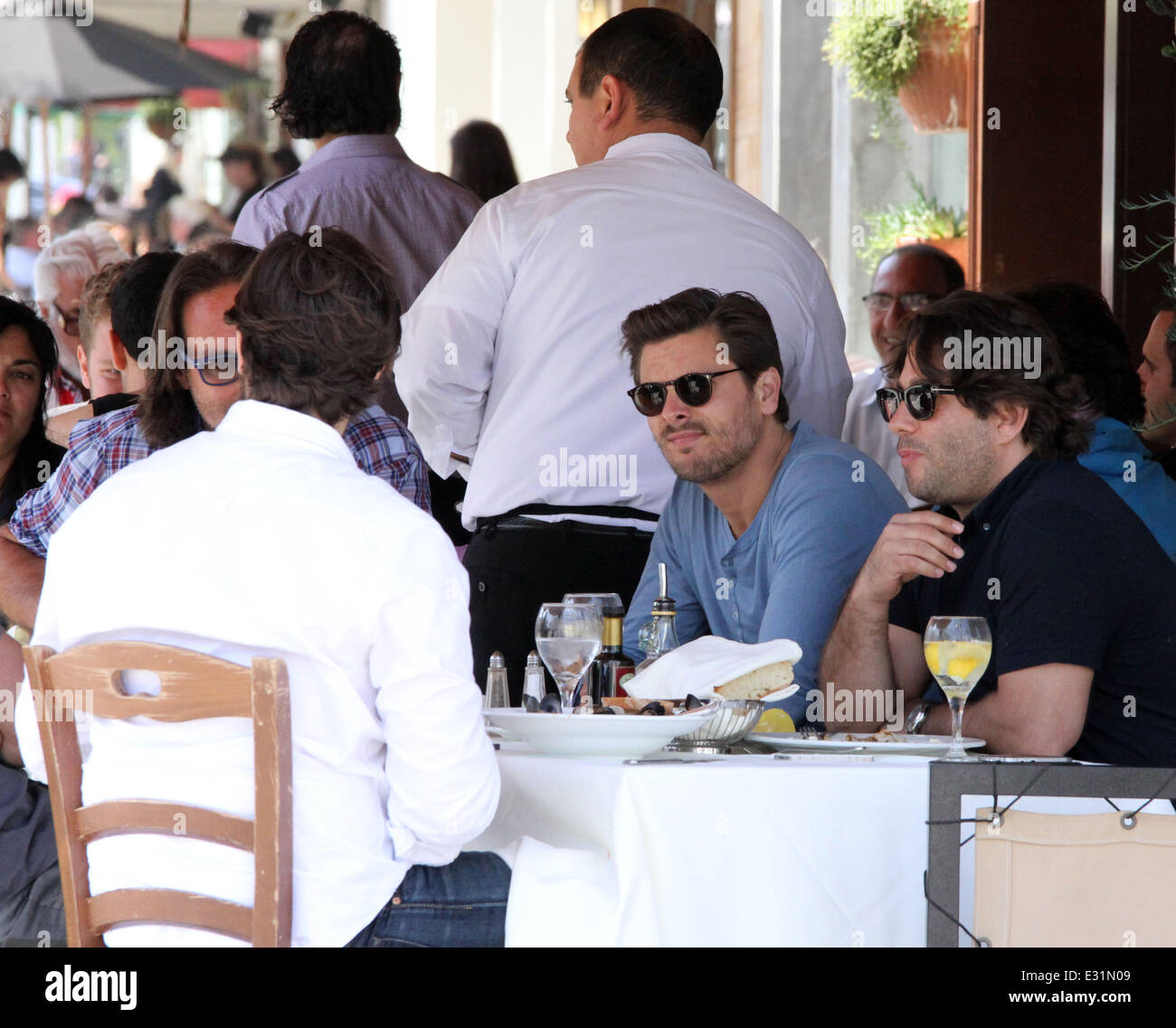 1951c0ec28e06 Scott Disick enjoys lunch with friends in Beverly Hills Featuring ...