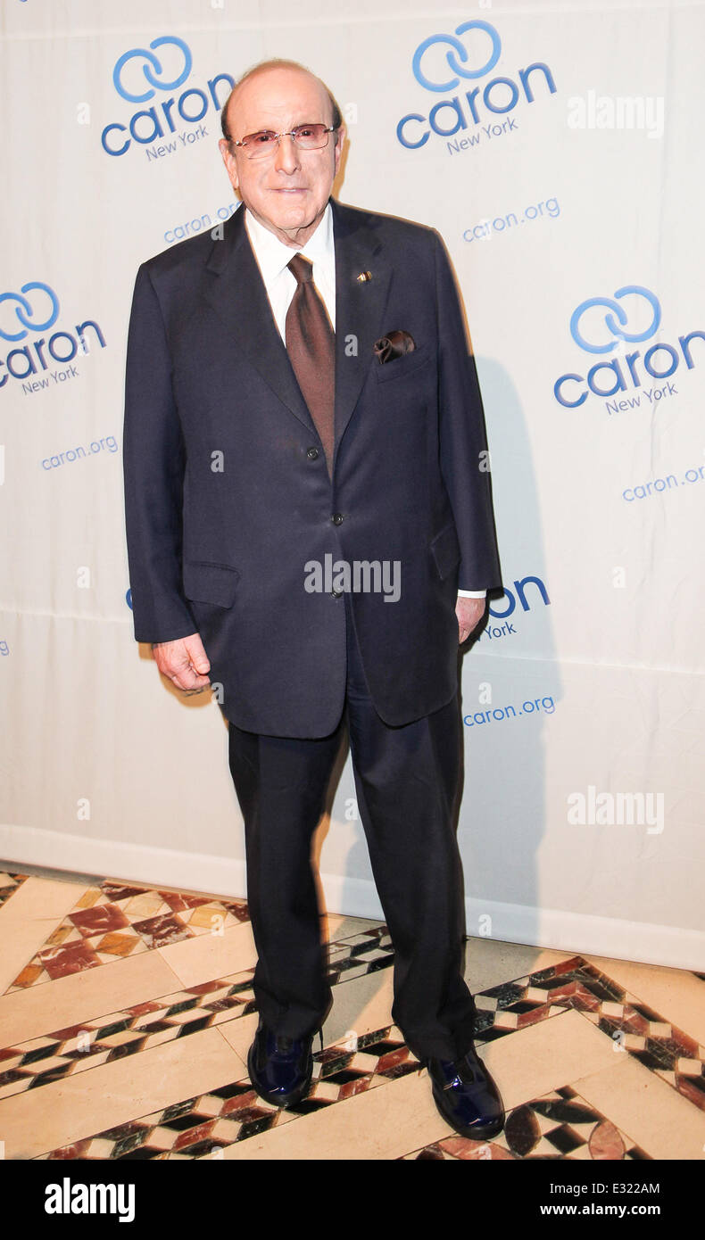 Music legend Paul Williams is honoured at the Caron Gala at Cipriani's in New York City  Featuring: Clive Davis - Stock Image