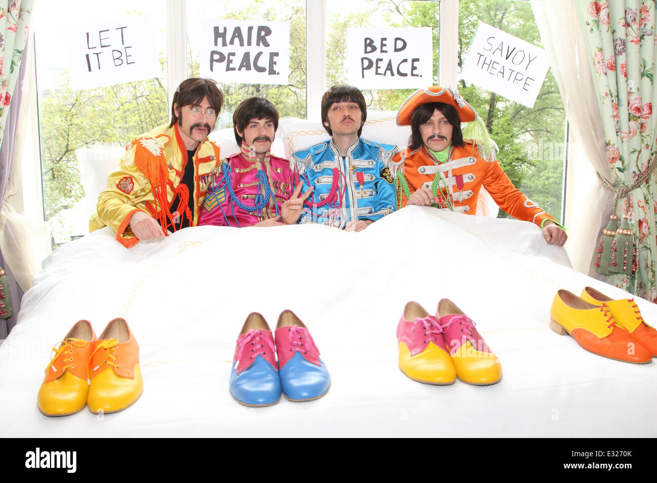 The Cast Of Beatles Show Let It Be Recreate The John Lennon And Stock Photo Alamy