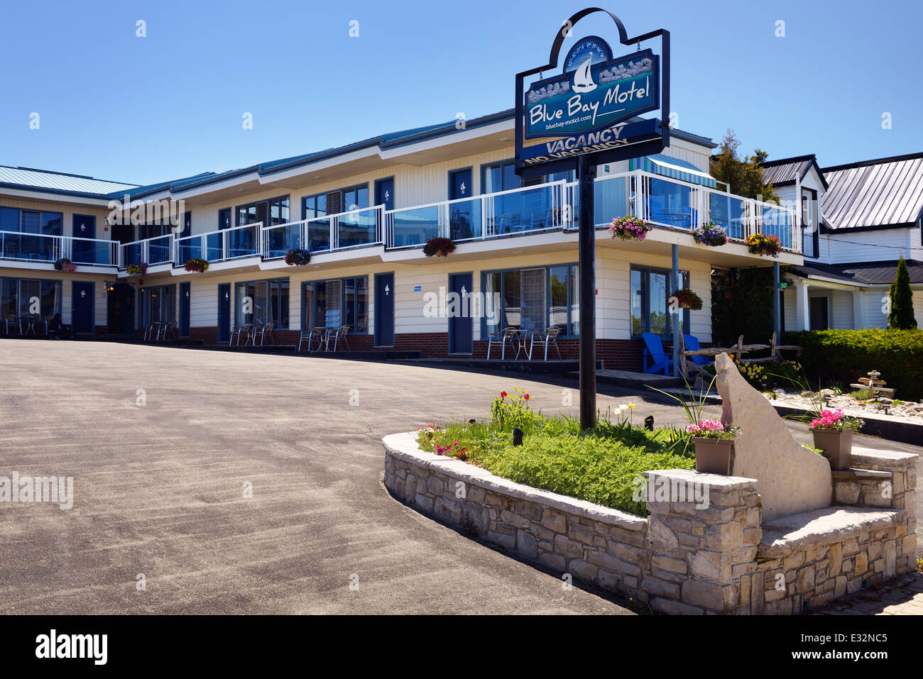 Blue Bay Motel in Tobermory, Ontario, Canada - Stock Image