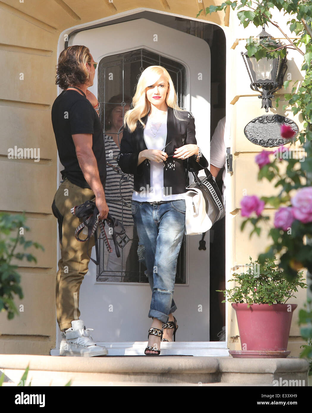 Gwen Stefani Leaving Her Mother S House With Gavin Rossdale