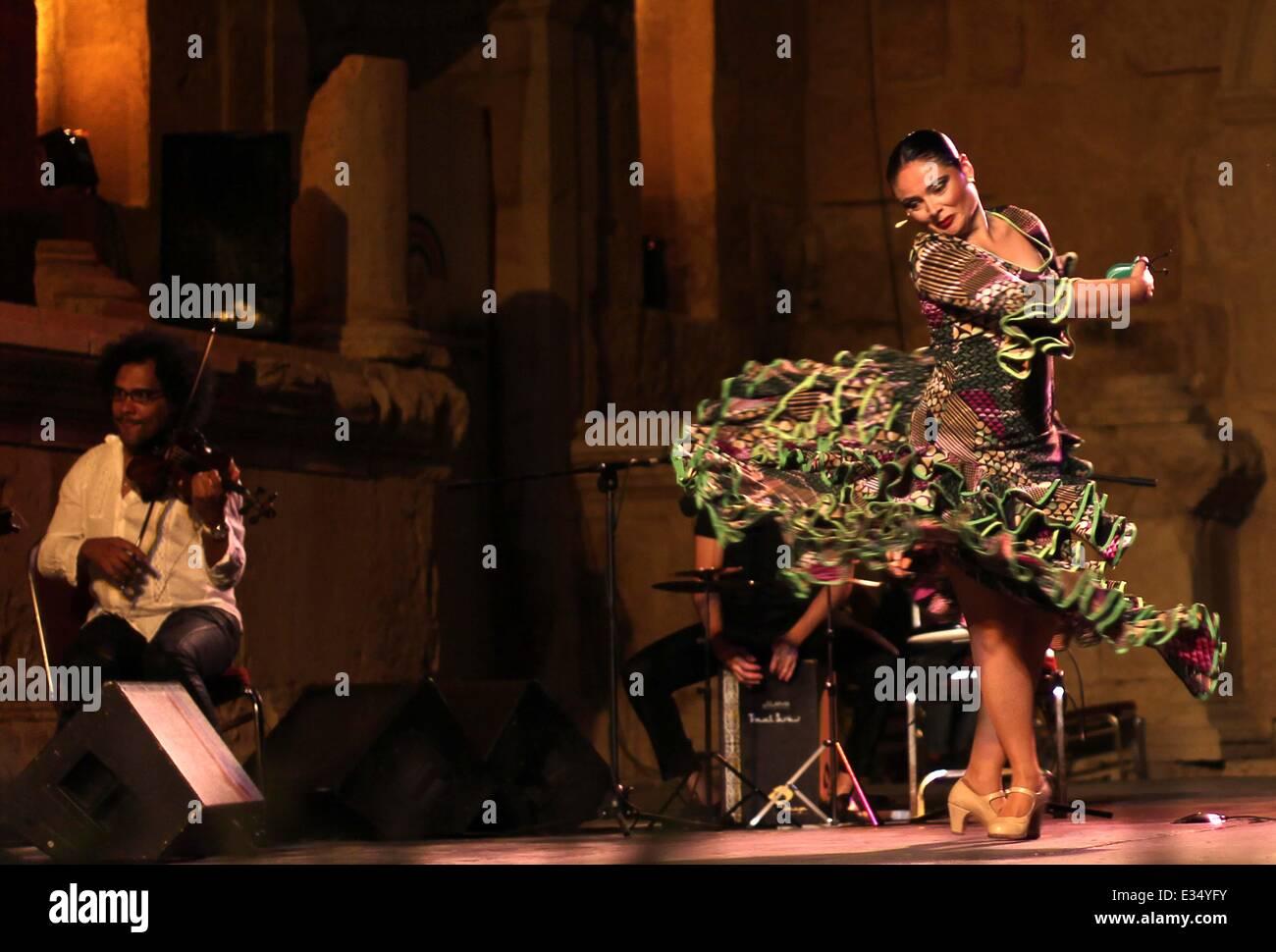 Amman, Jordan. 21st June, 2014. A Spanish Flamingo dancer perform during the Jerash festival in the Roman ancient - Stock Image