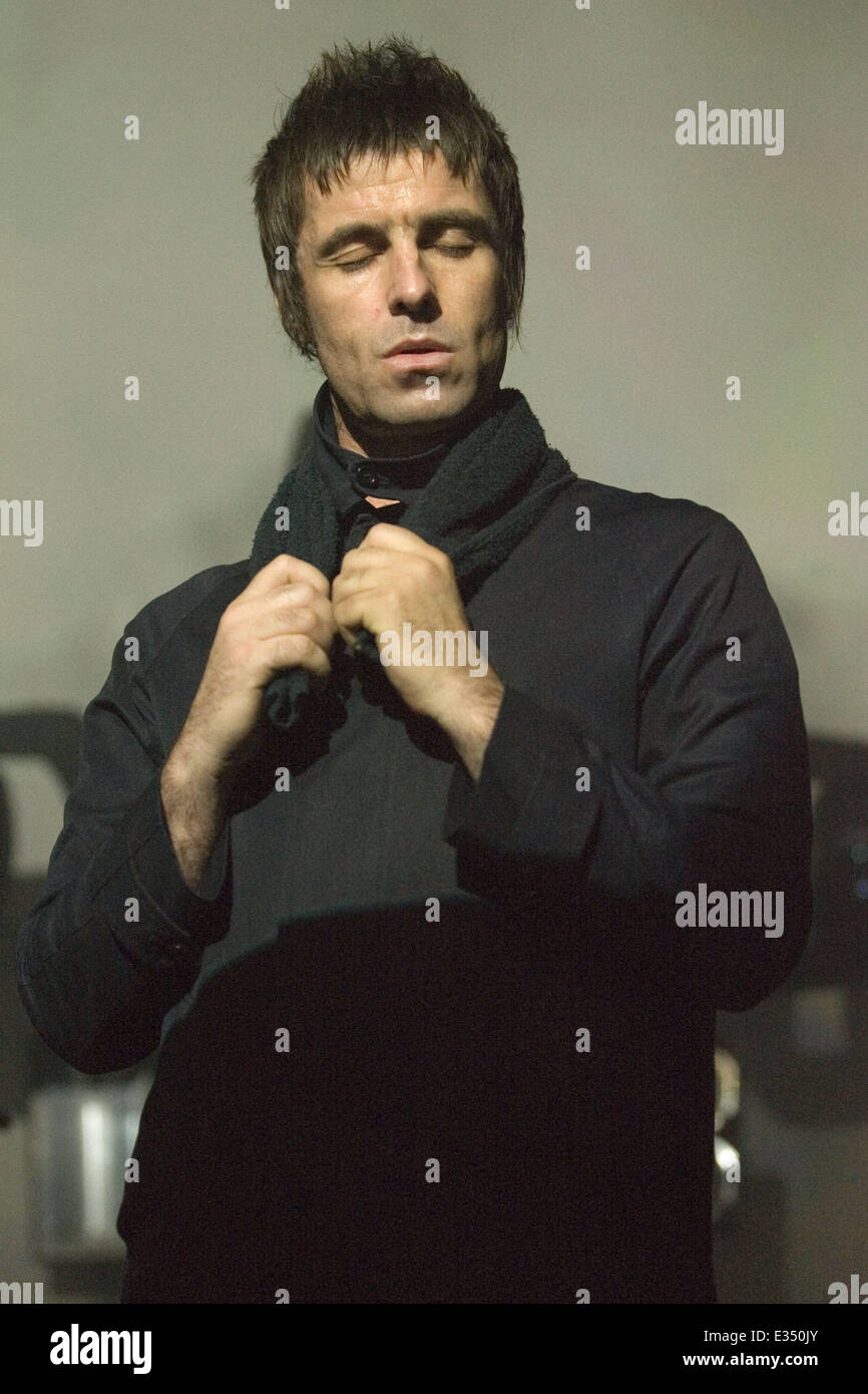 Liam Gallagher of Beady Eye playing a headline gig at O2 ABC in Glasgow  Featuring: Liam Gallagher Where: Glasgow, - Stock Image