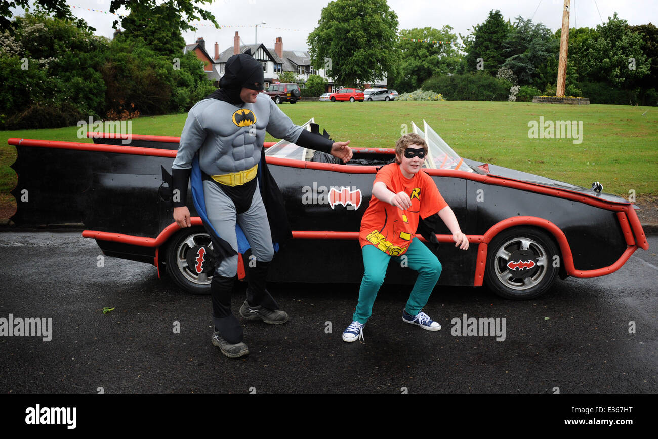 Batman and Robin fans Findlay Erskine, 40, and son Lewis, 12, made ...