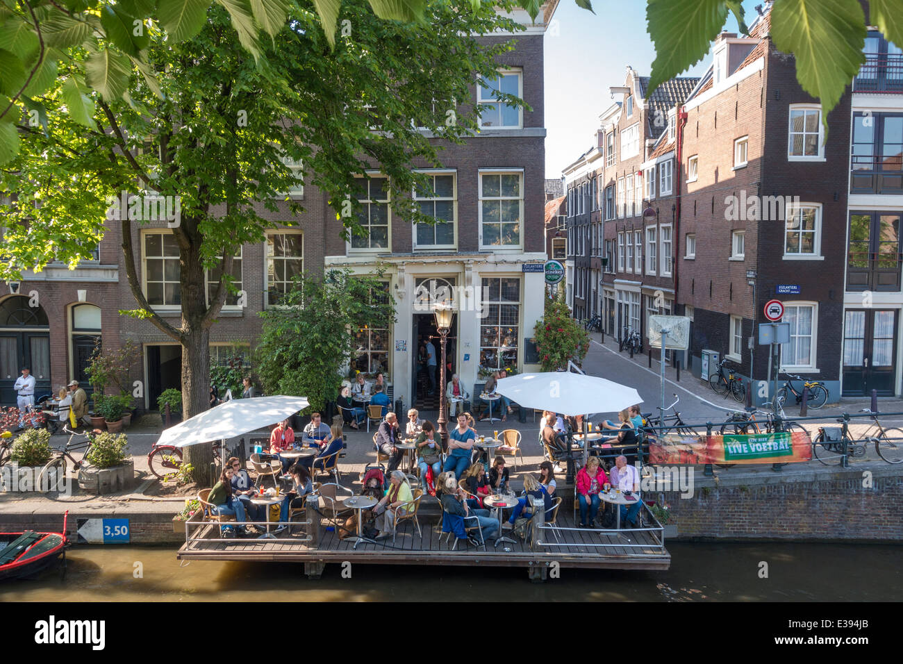 amsterdam cafe  u0026 39 t smalle on the egelantiersgracht in the