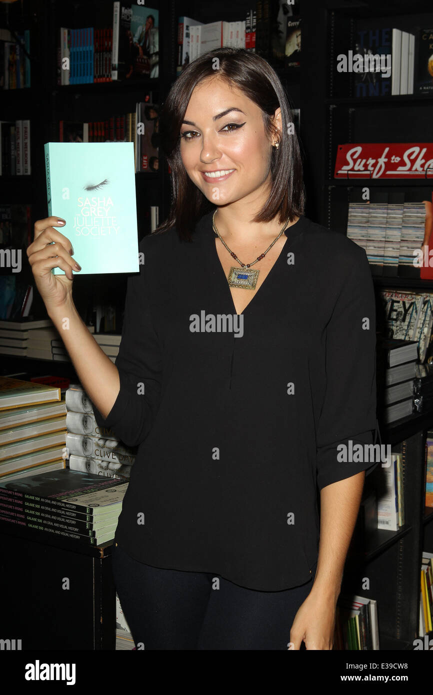 "Sasha Grey book signing ""The Juliette Society"" Held at Book Soup ..."