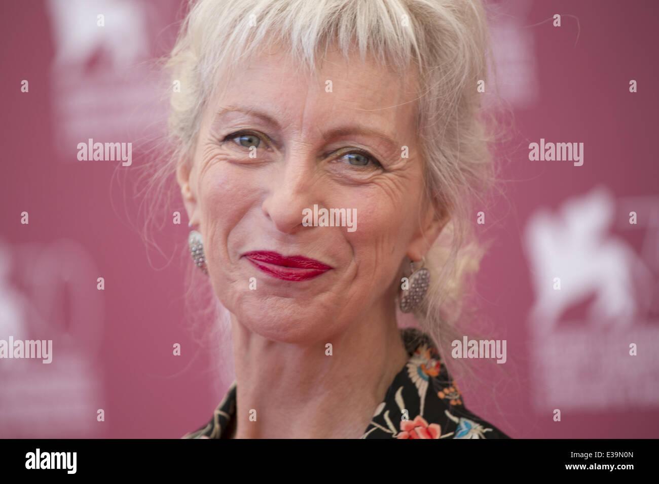 Lise Roy Nude Photos 55