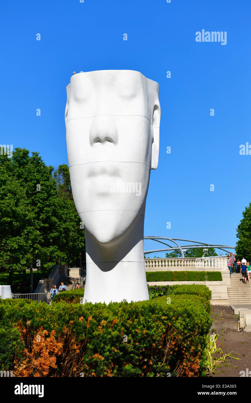 Sculptures Millennium Park, unfinished installation of '1004 Portraits' Sculpture - Stock Image