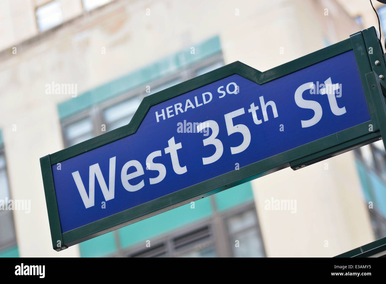 Herald Square New York, Street Sign of West 35th St - Stock Image