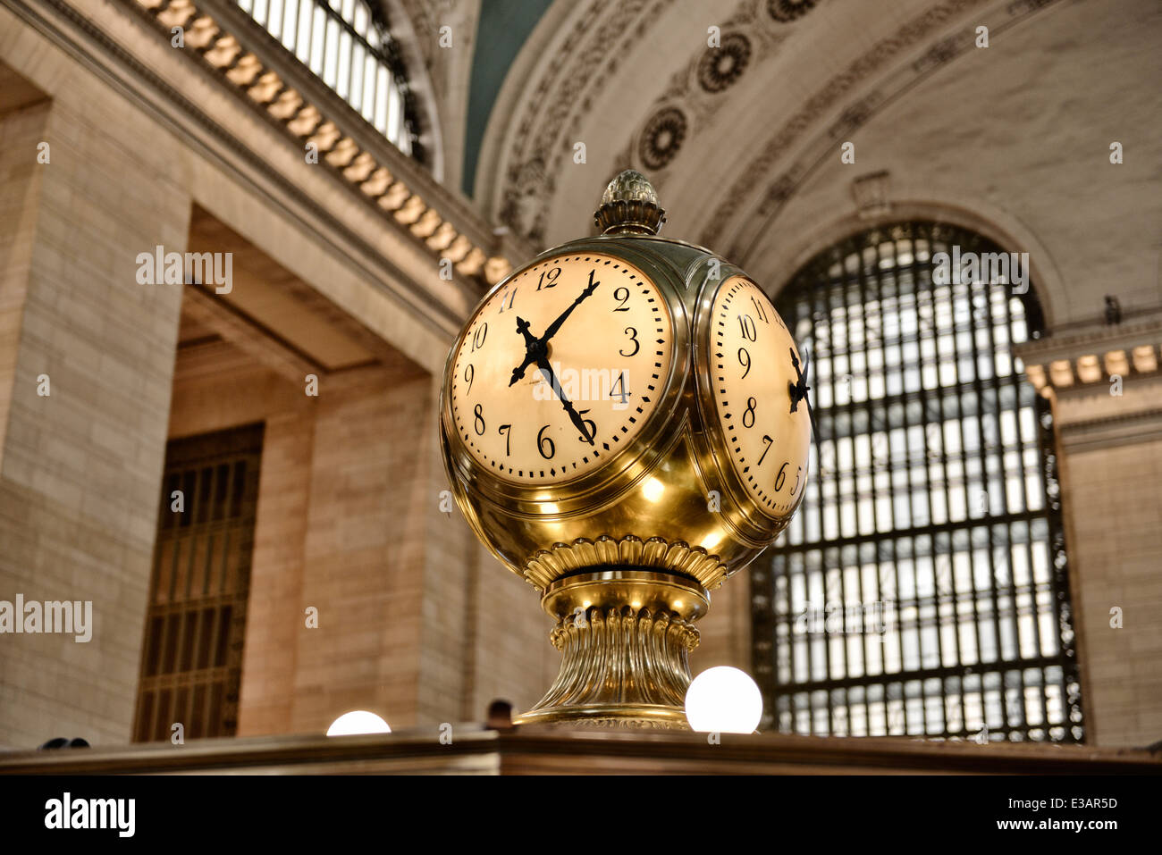Clock at Grand Central Station, made of Brass and Opal Glass, 100 year old - Stock Image