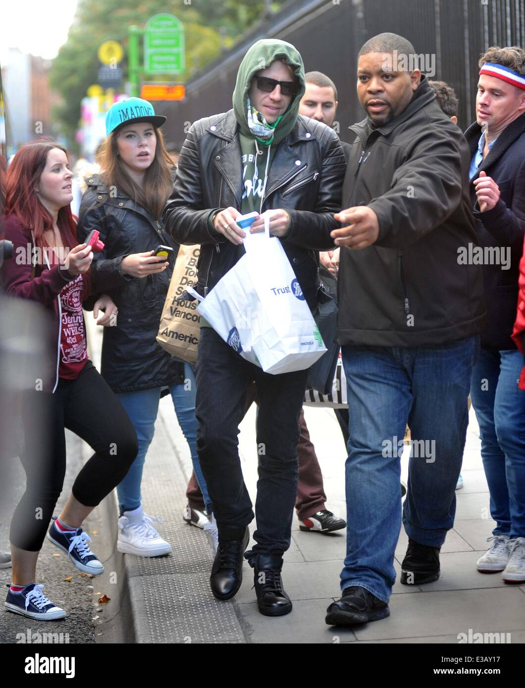 14a0f767f3ae American rapper Macklemore who plays two sell out shows at the O2 tonight  and tomorrow night out shopping.He tried his hardest to go un-noticed by wearing  a ...