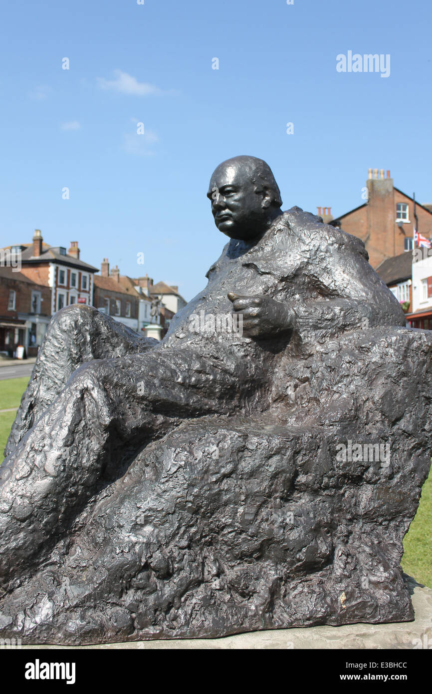 Statue of Sir Winston Churchill on The Green at Westerham, Kent, UK - Stock Image