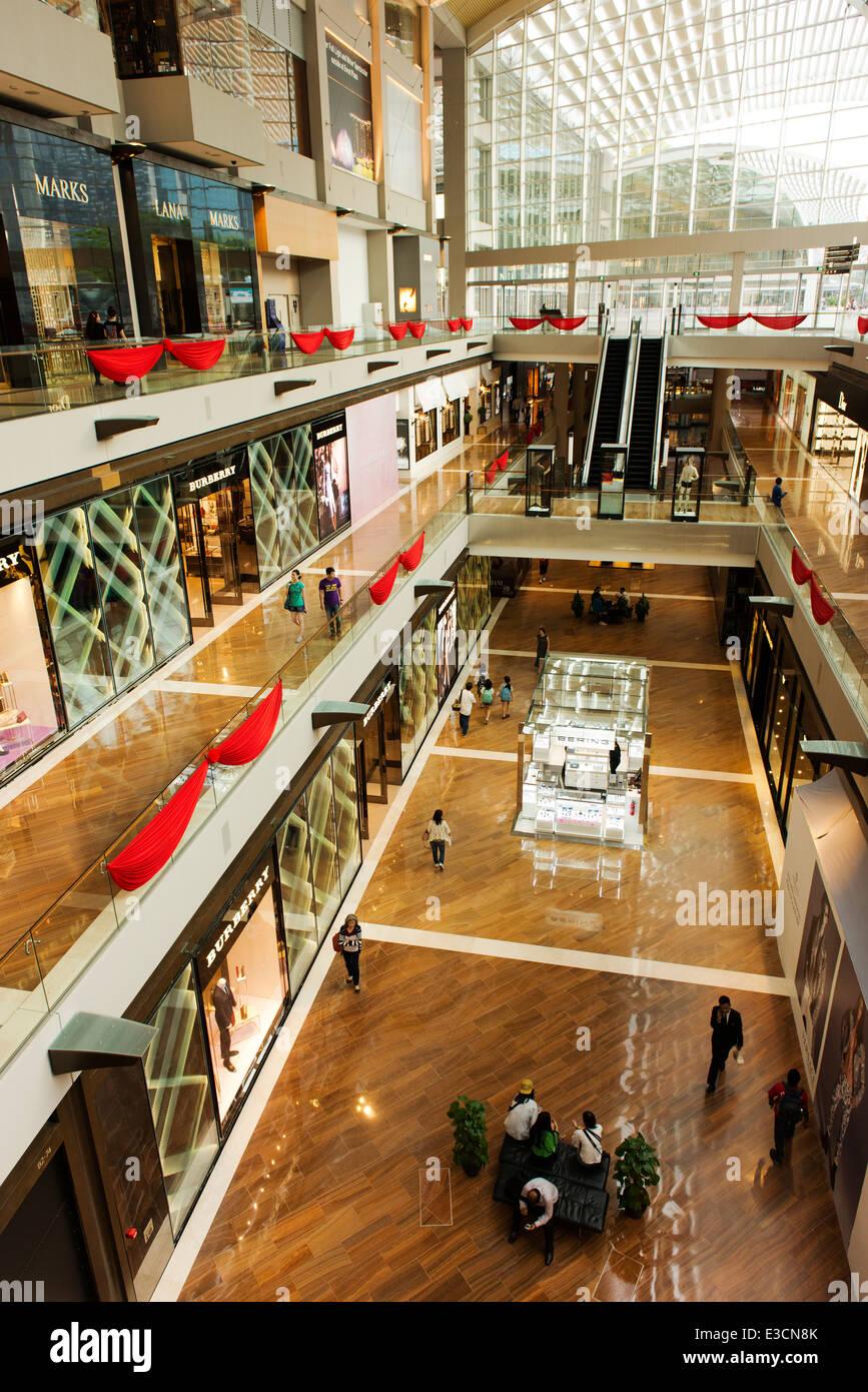 Shopping mall at Marina Bay Sands. - Stock Image