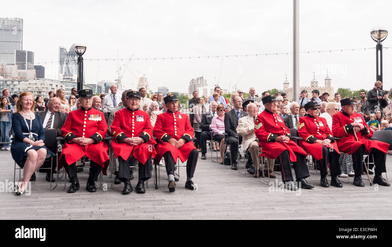 City Hall, London, UK, 23 June 2014.  Members of the British Armed Forces join the Mayor of London and London Assembly - Stock Image