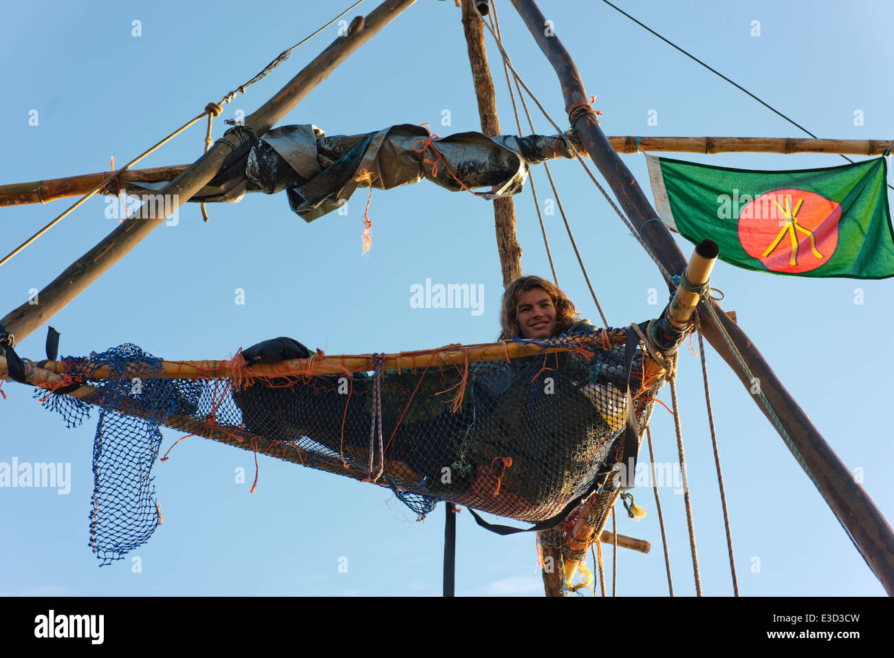 Protestor in a platform atop a tripod at the anti Coal Seam Gas blockade at Bentley. - Stock Image