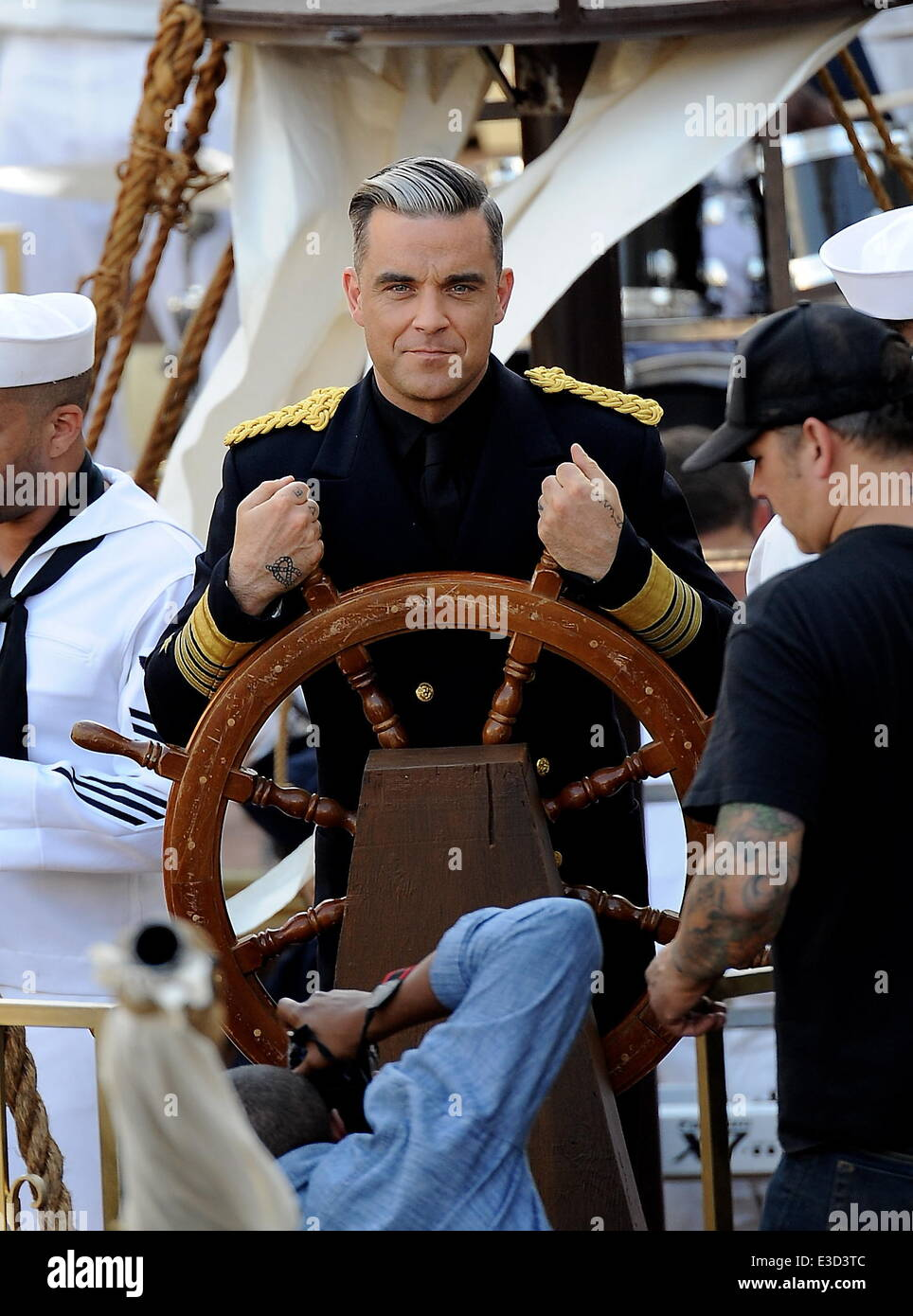 Robbie Williams filming a music video for his song 'Go