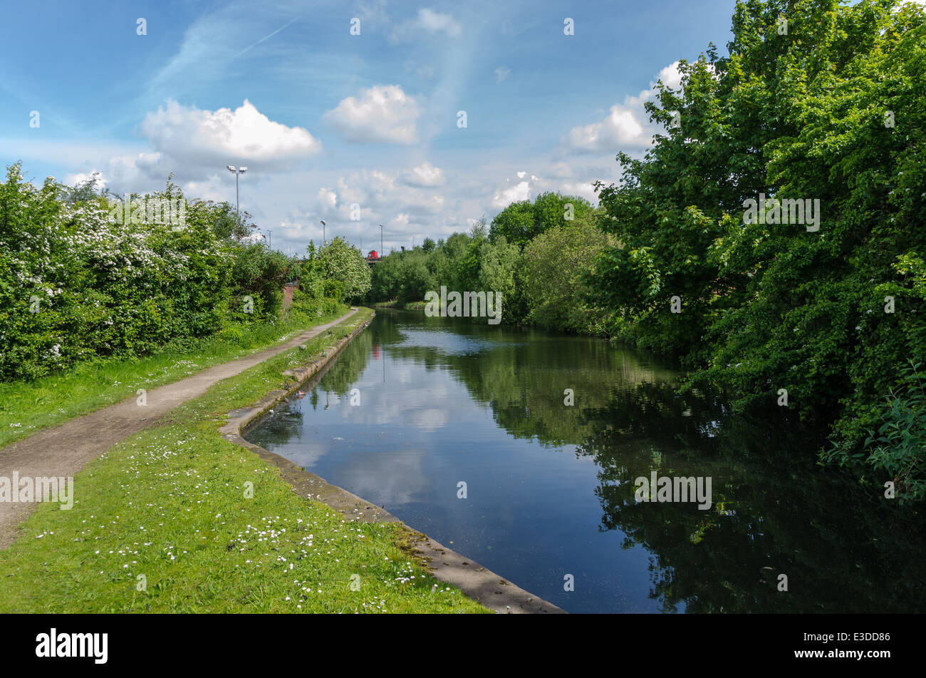 The River Rea at Nechells in the centre of Birmingham by Gravelly Hill Interchange (Spaghetti Junction) - Stock Image
