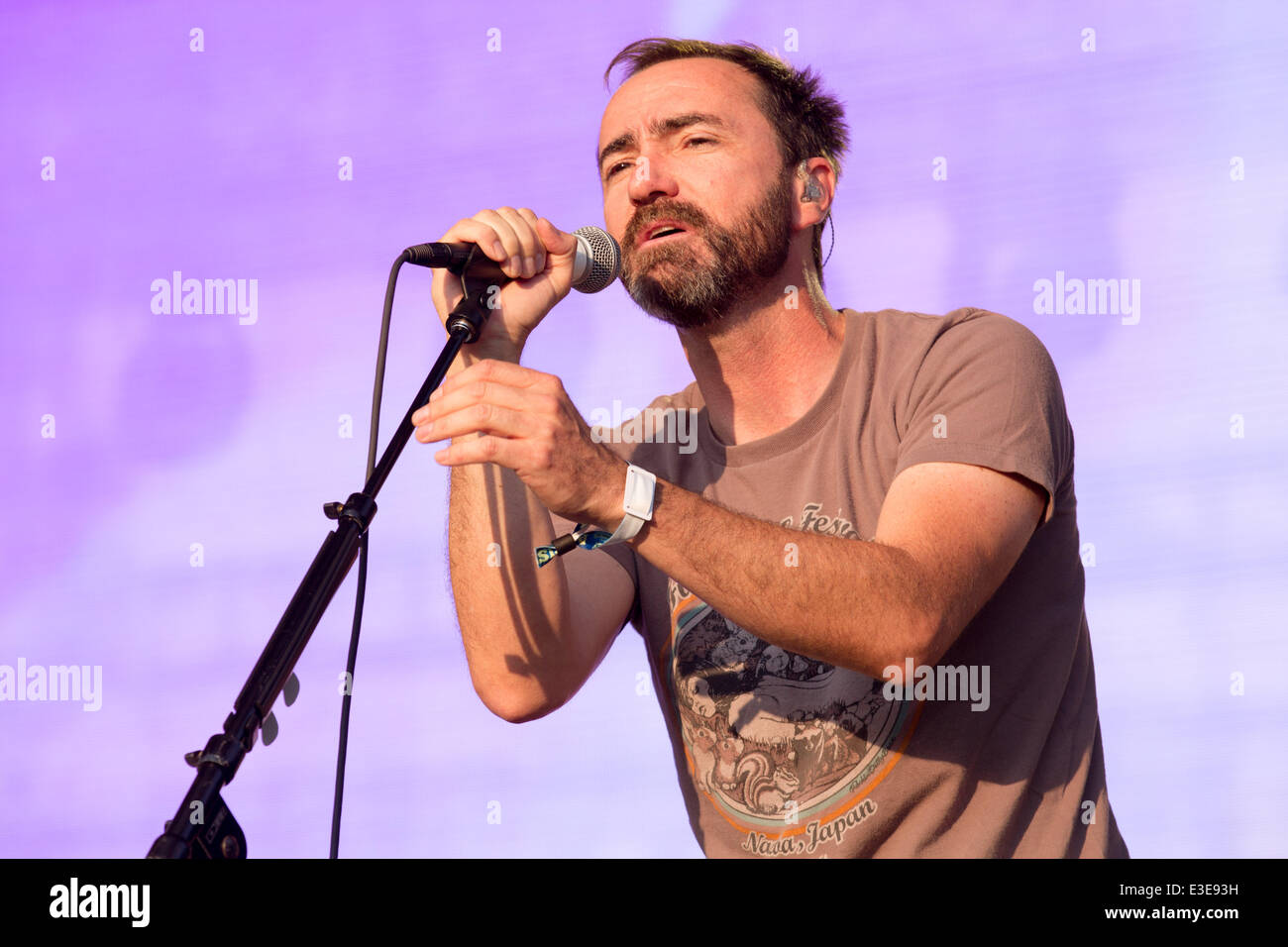 Dover, Delaware, USA. 22nd June, 2014. Musician JAMES MERCER of the band Broken Bells performs live at the 2014 - Stock Image