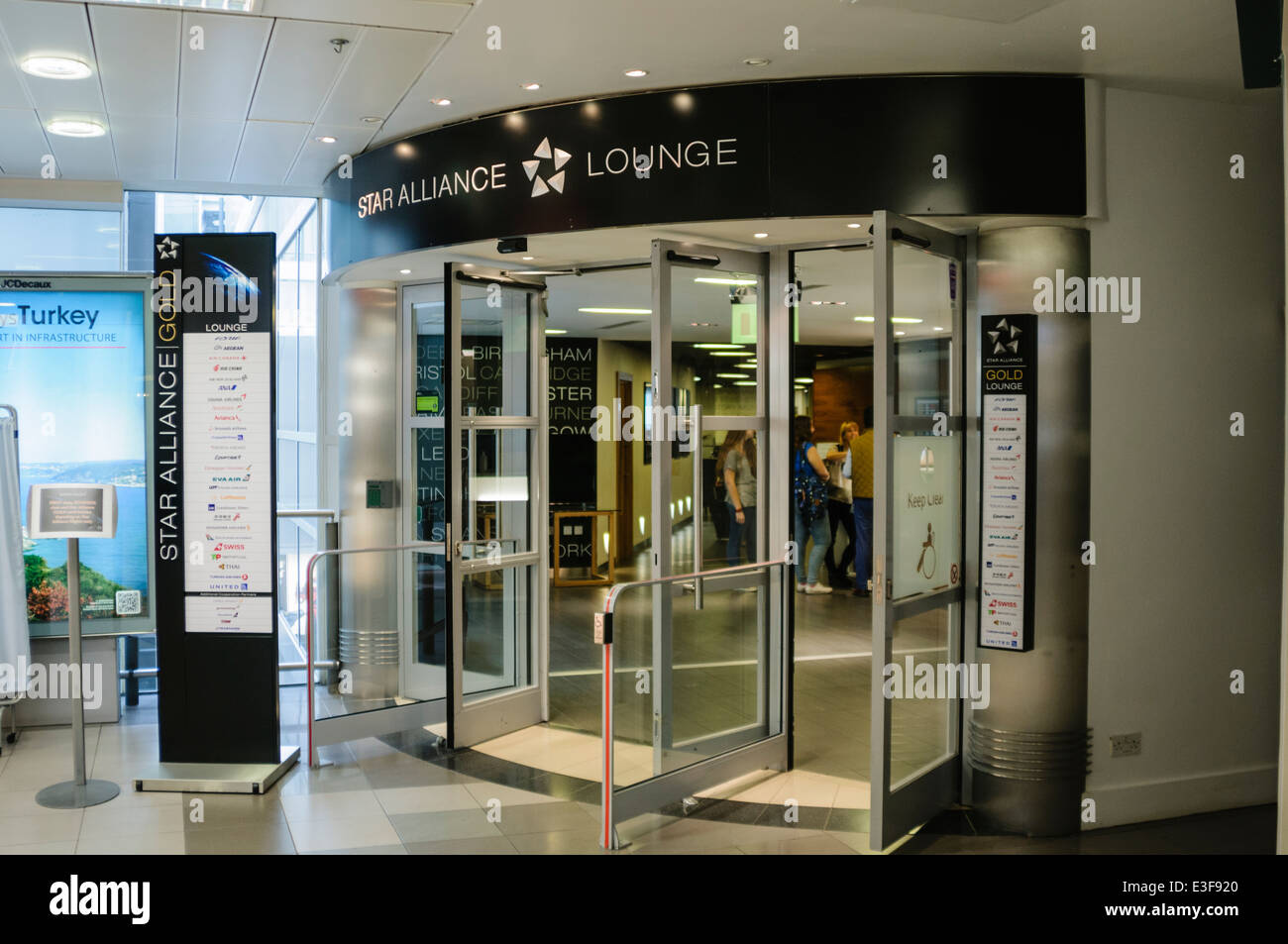 Star Alliance Gold Lounge at Heathrow Terminal 1 - Stock Image