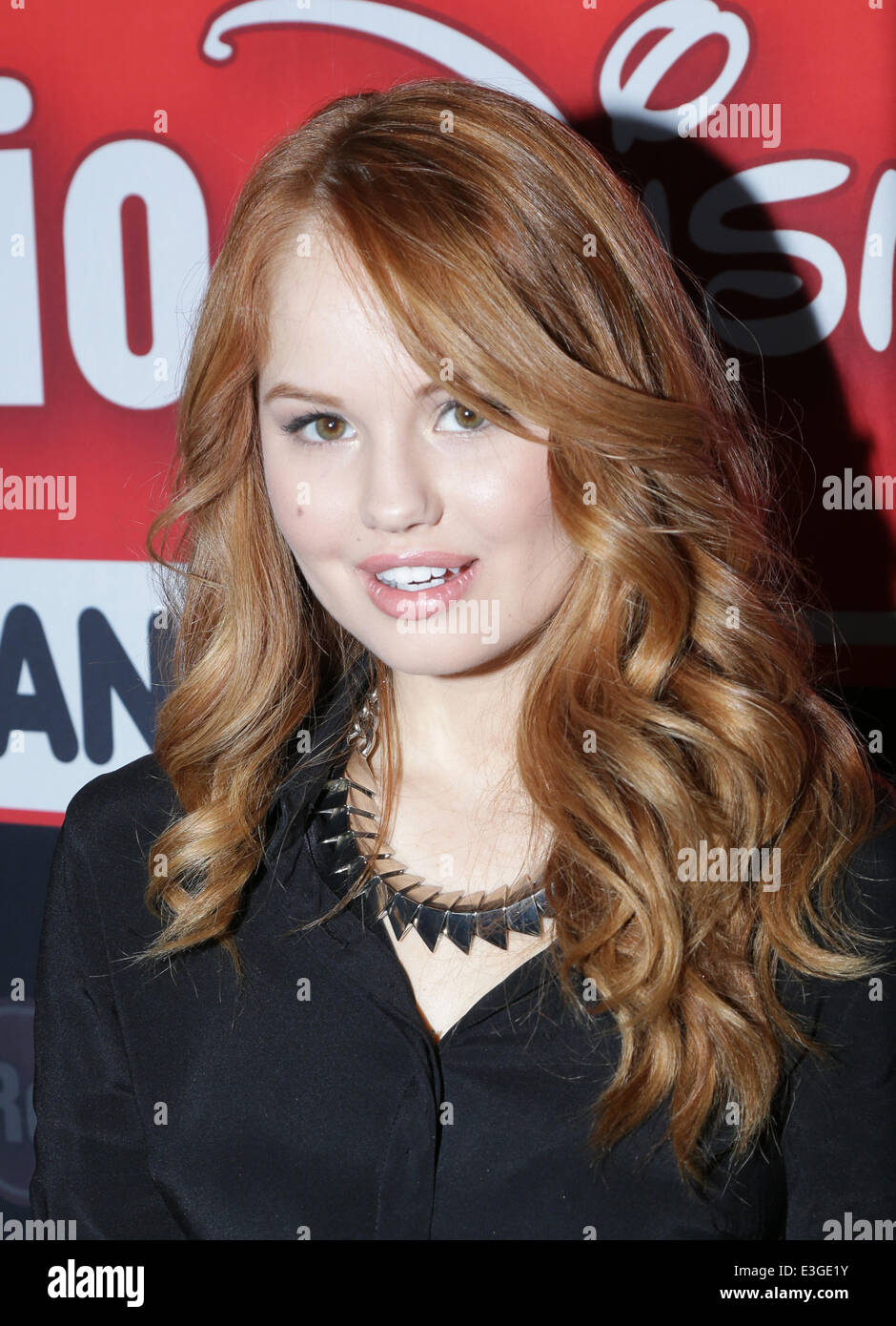 Debby ryan special appearancemeet and greet at the glendale debby ryan special appearancemeet and greet at the glendale galleria featuring debby ryan where glendale california united states when 09 nov 2013 m4hsunfo