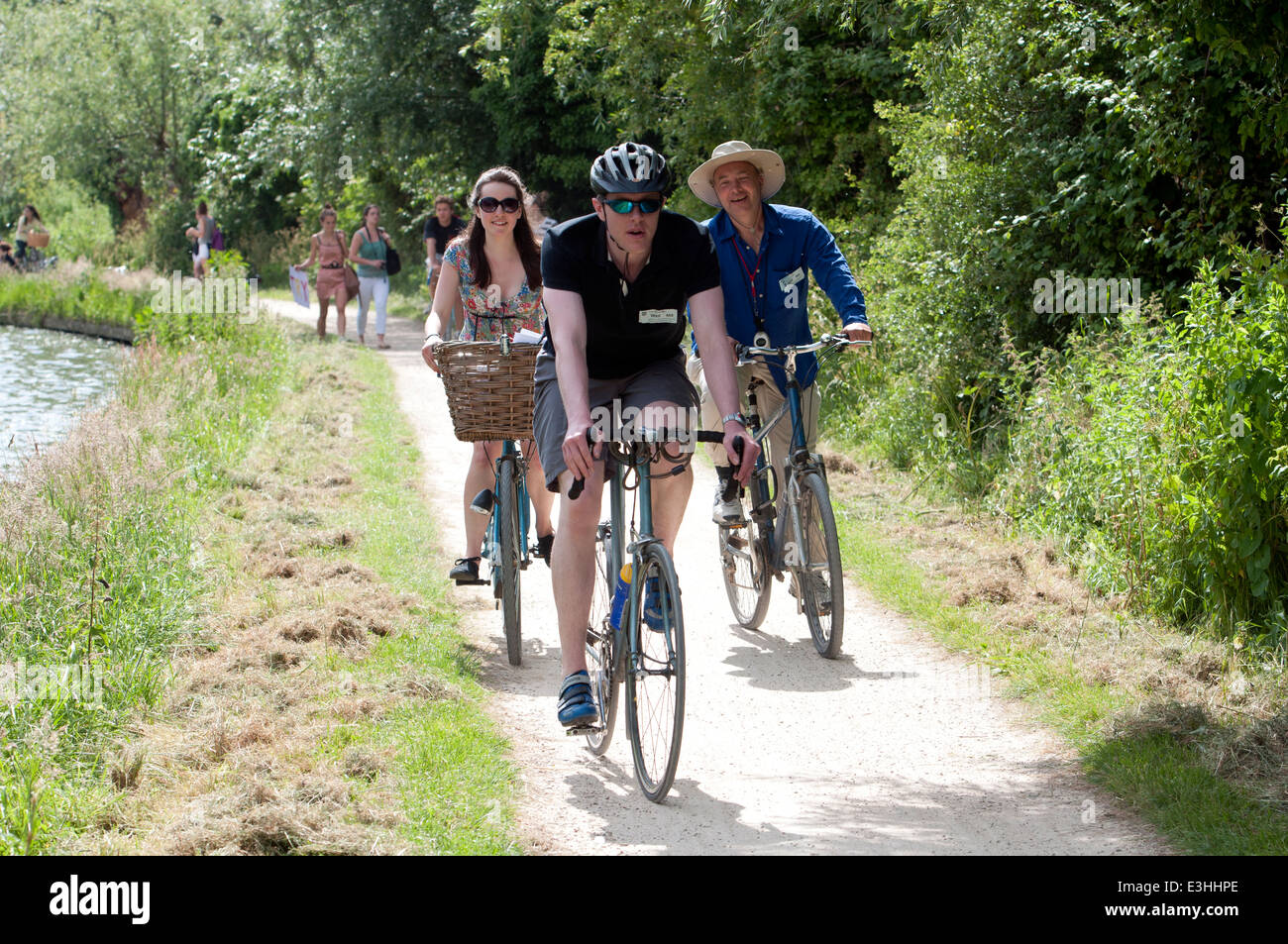 Cambridge May Bumps, towpath cyclists - Stock Image
