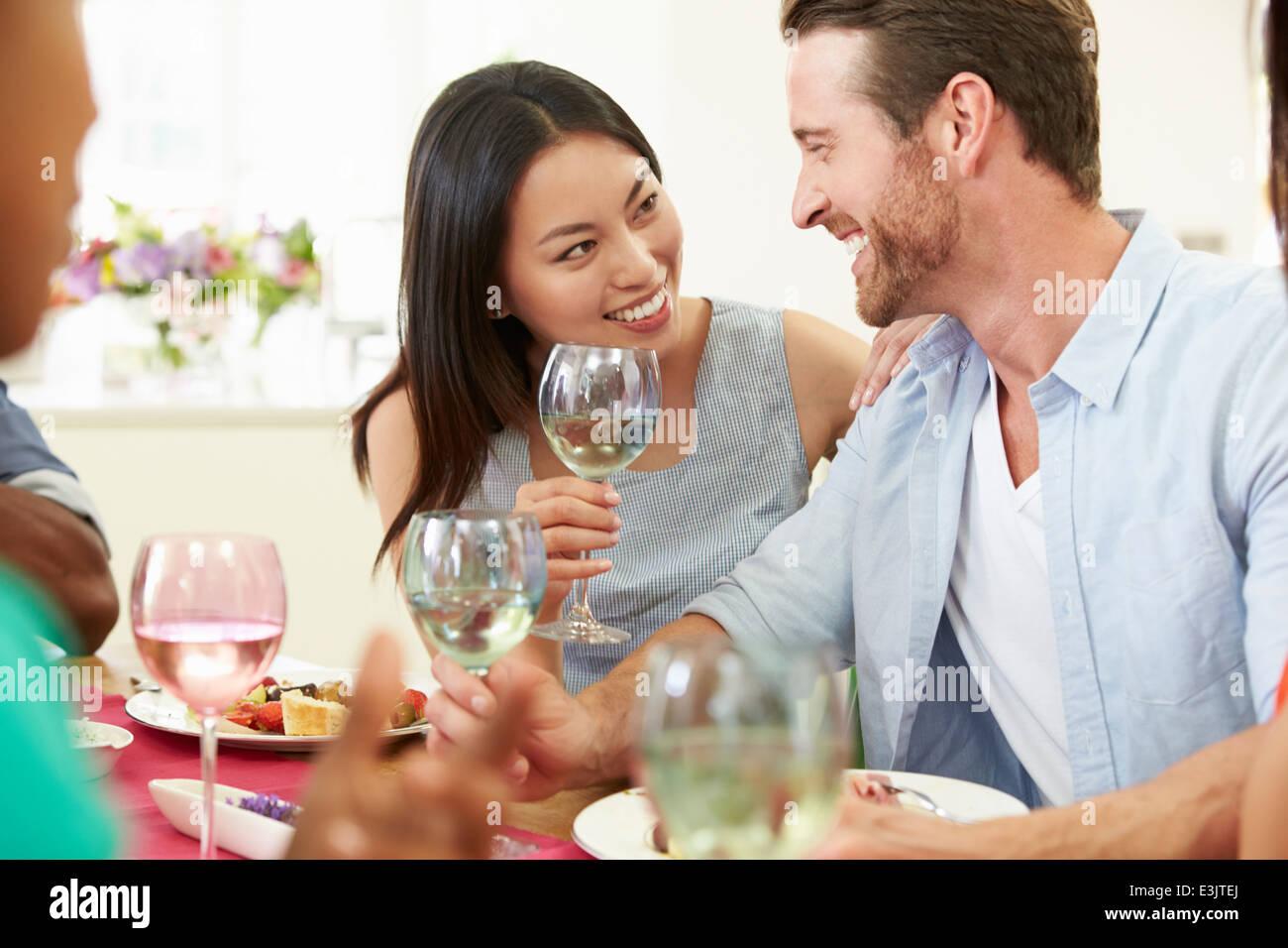 group dinner dating