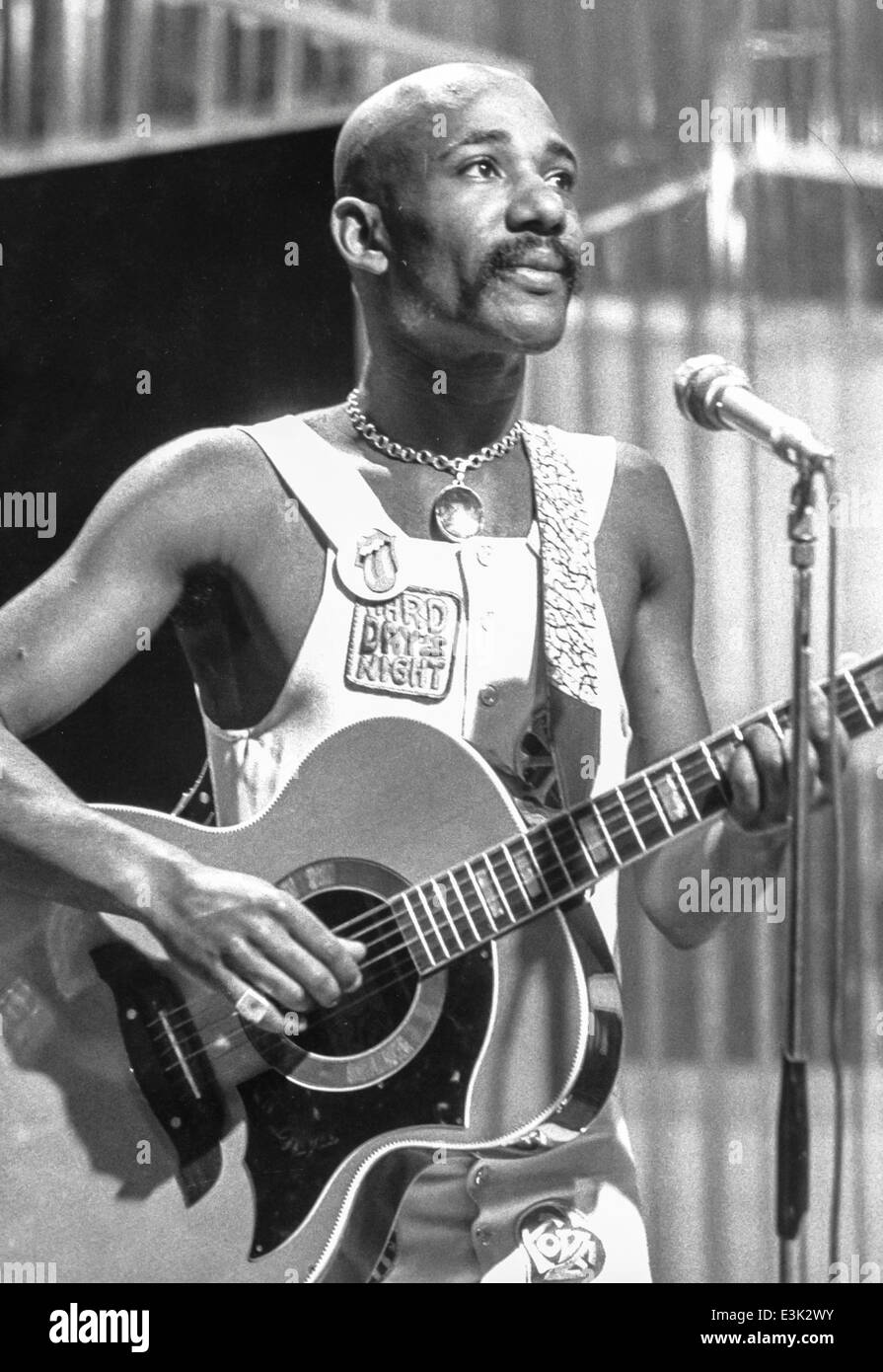 isaac hayes,top of the pops,bbc tv,1976 Stock Photo