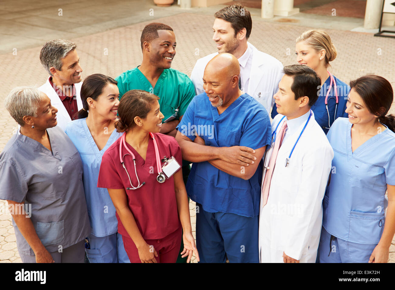 Outdoor Group Shot Of Medical Team - Stock Image