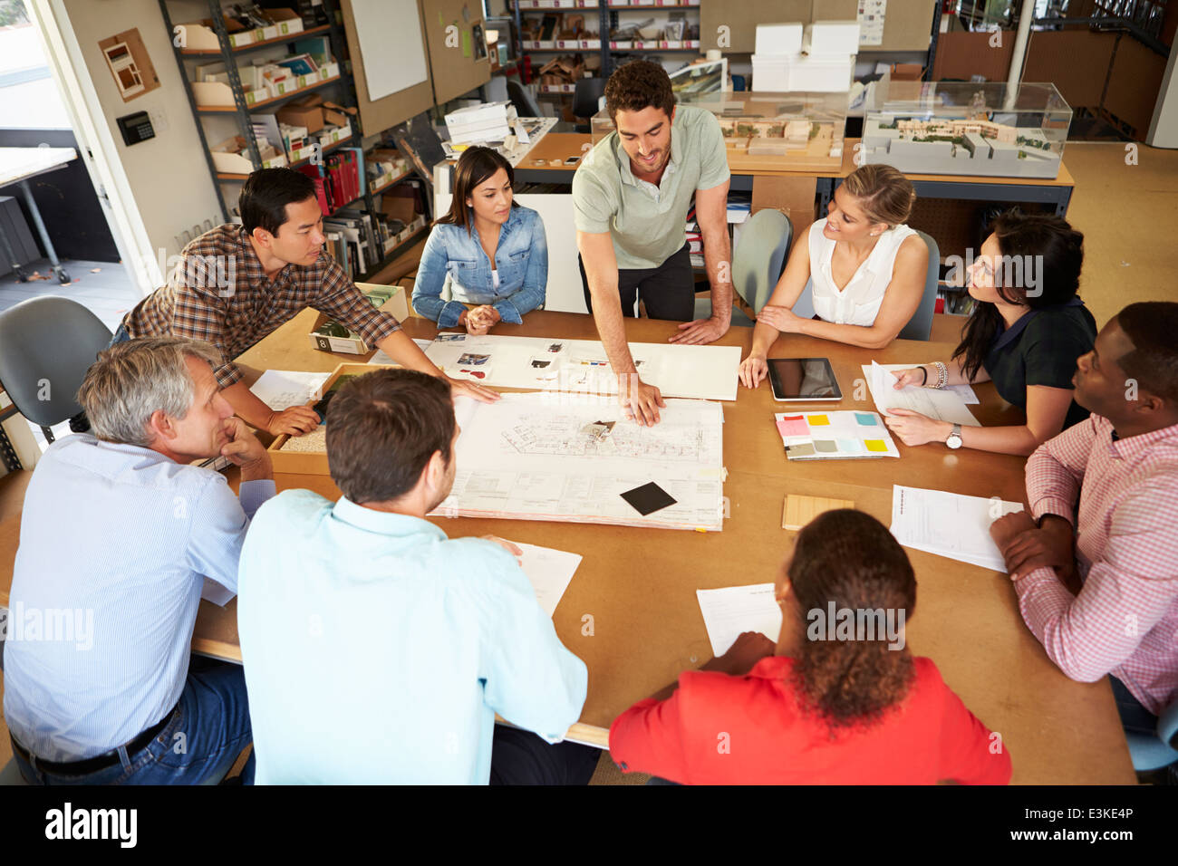Peachy Group Discussion Table Stock Photos Group Discussion Table Beutiful Home Inspiration Ommitmahrainfo