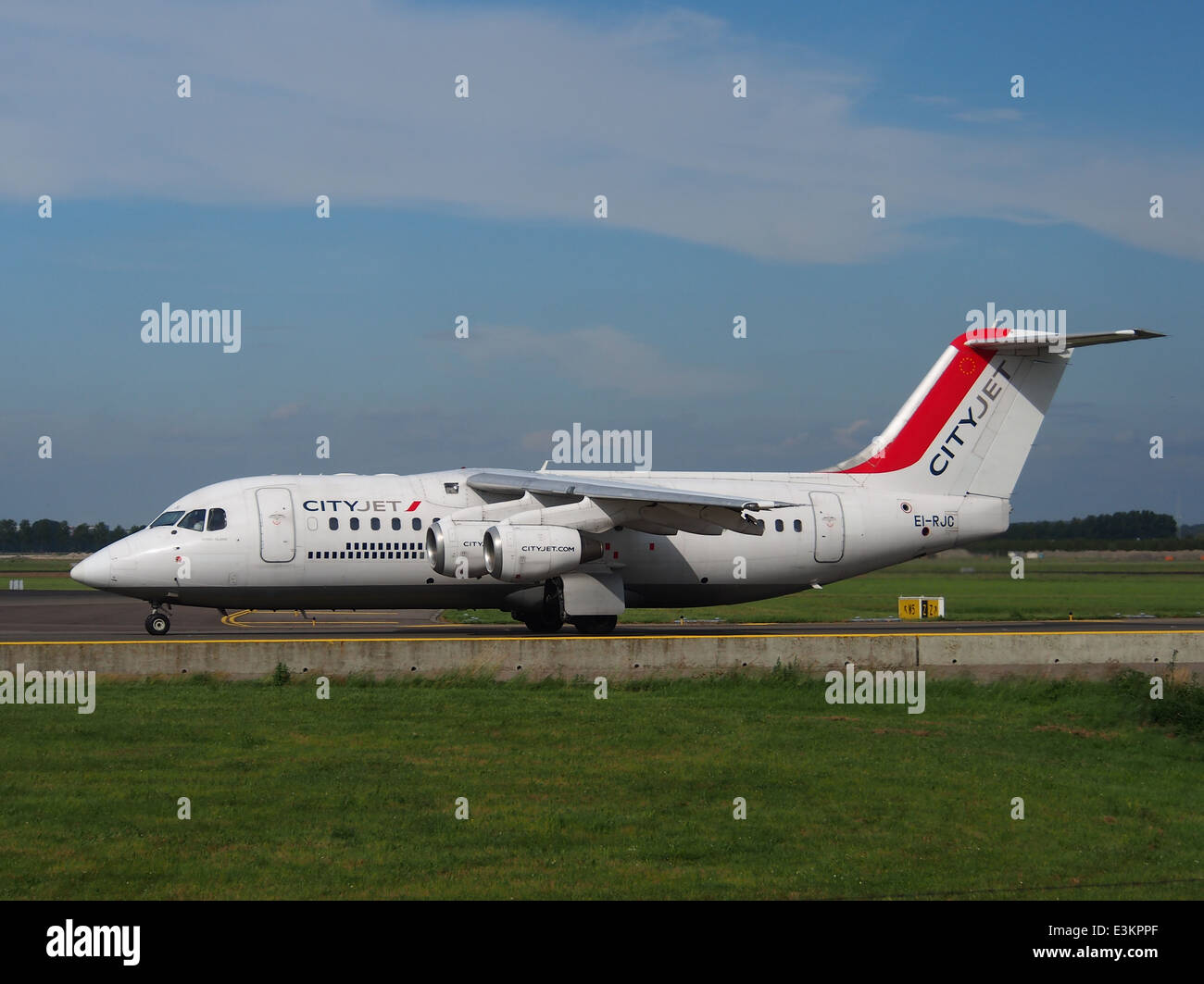 EI-RJC Avro Regional Jet RJ85 CityJet taxiing at Schiphol (AMS - EHAM), The Netherlands, 18may2014, pic-2 - Stock Image